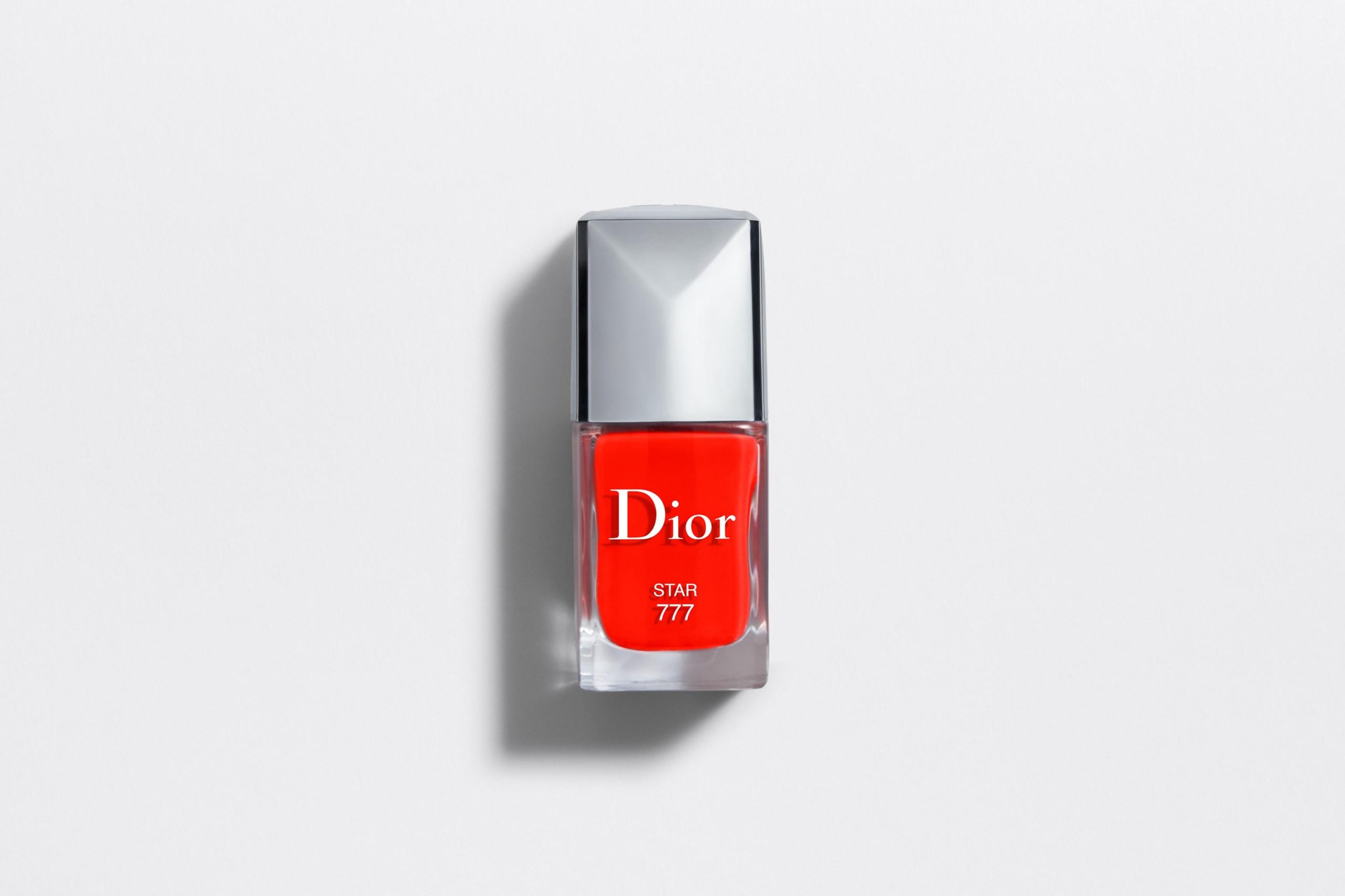 Lakier do paznokci Dior STAR 777