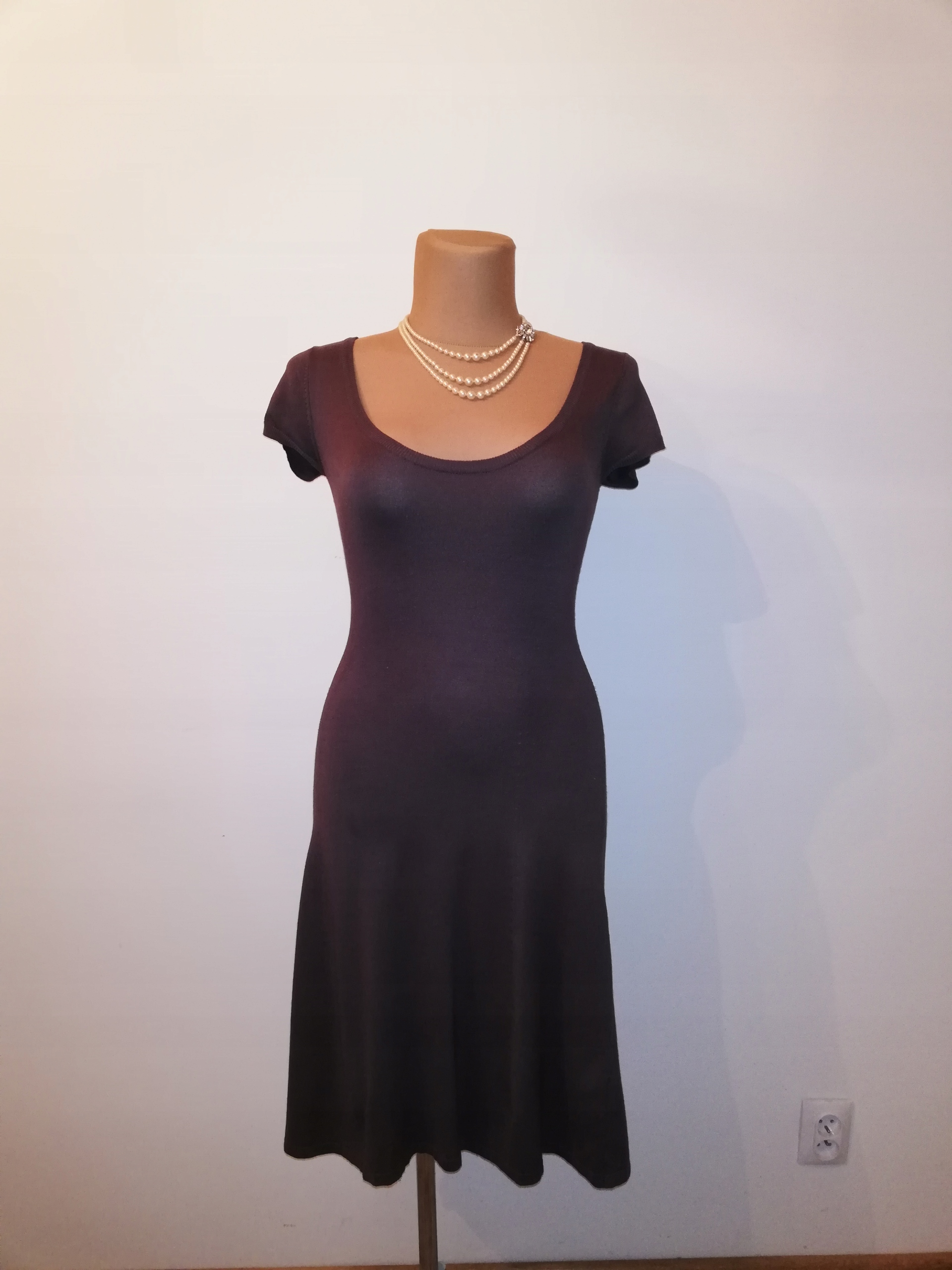 SISEL sukienka dzianina wełna 60% klasyk dla L/XL