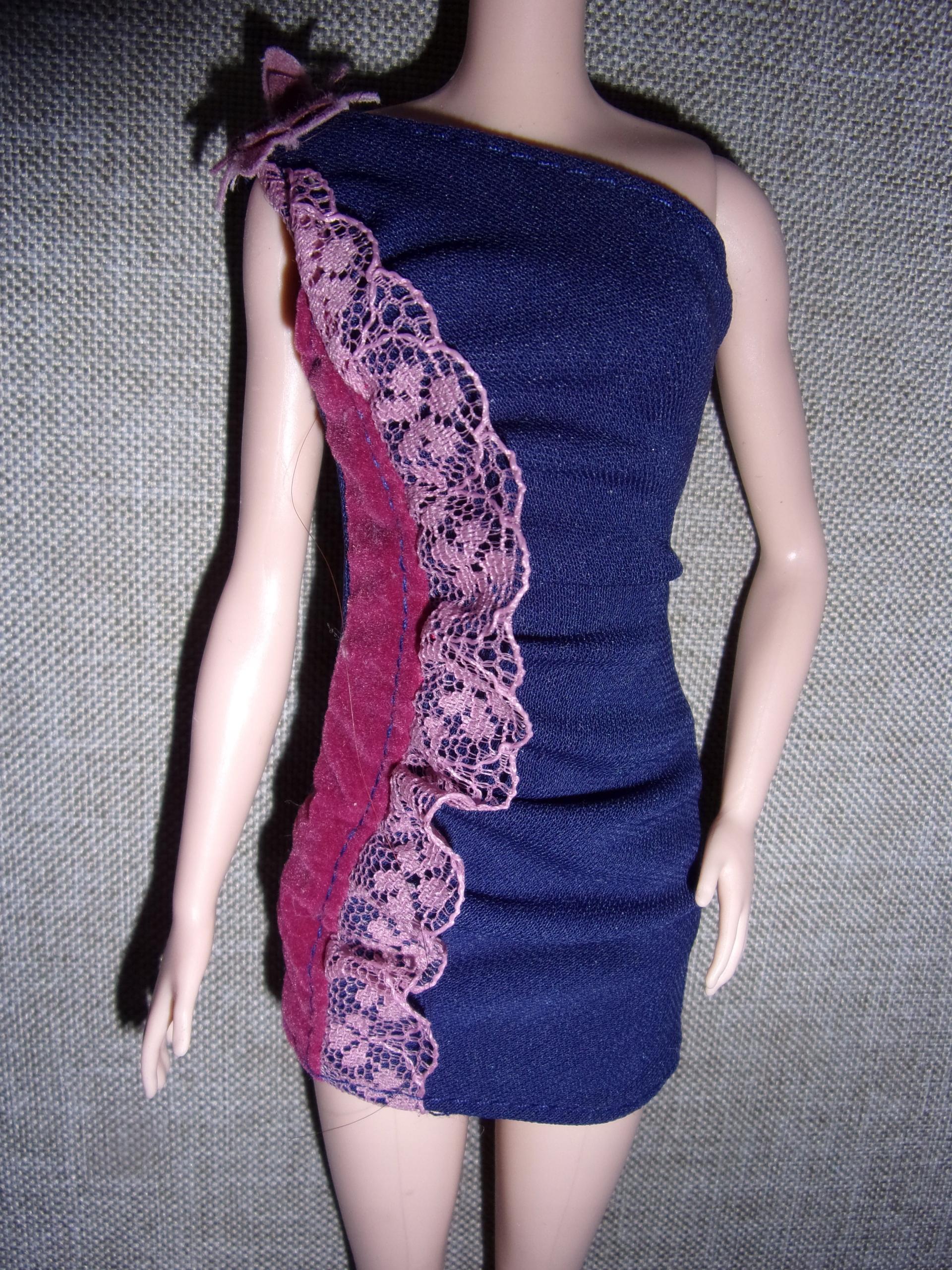 Bankietowa sukienka Lalki Barbie na wieczór