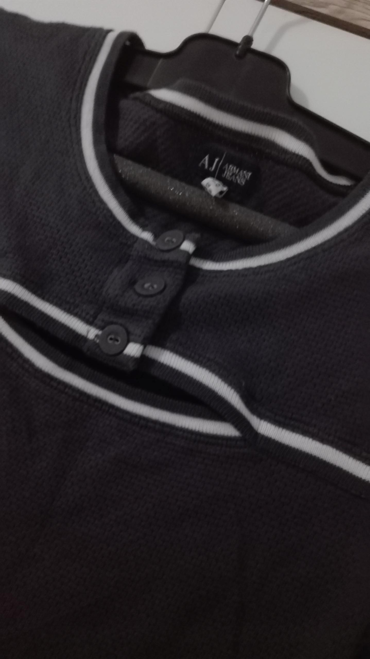 A j Armanii jeans bluzeczka odkryte ramiona