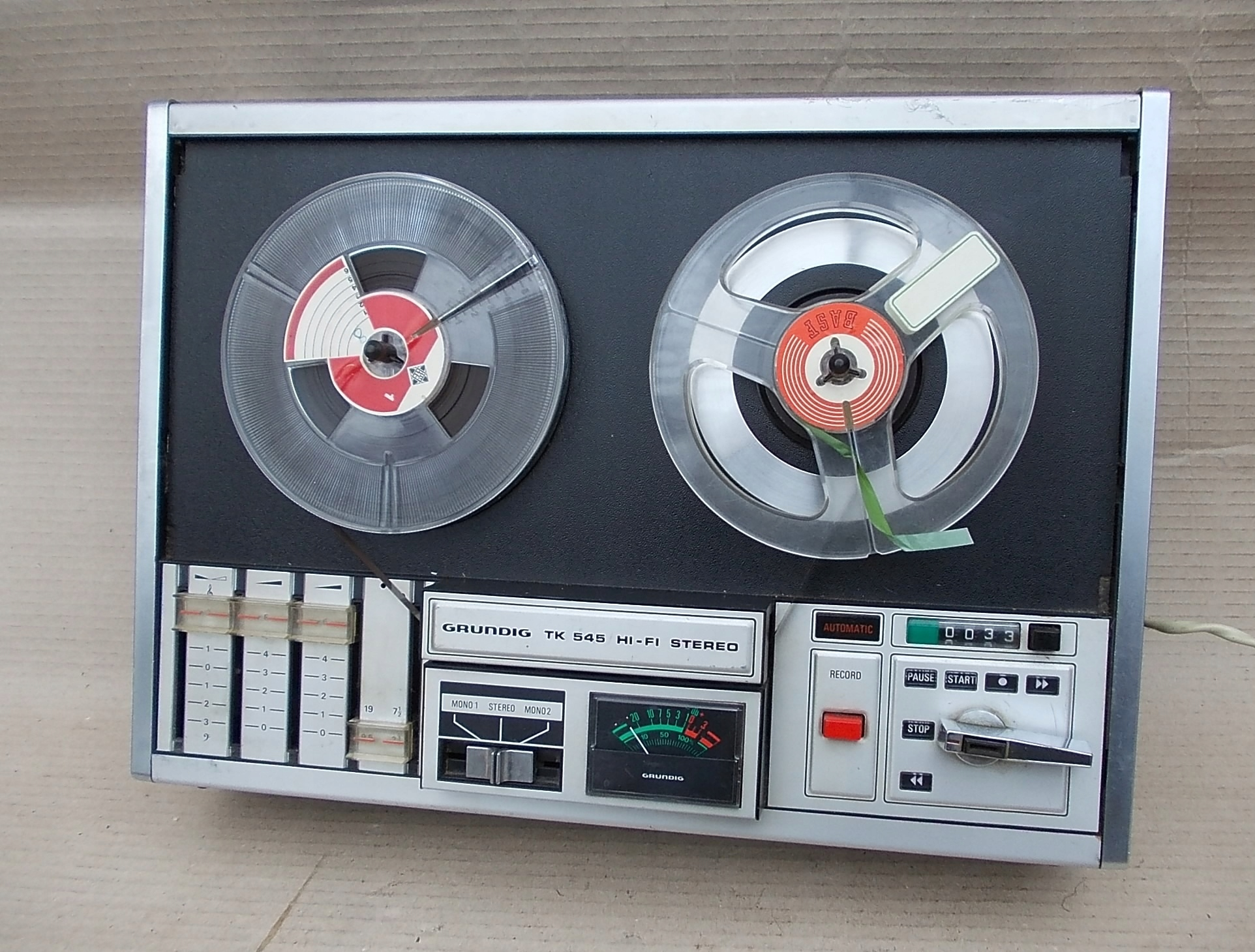 GRUNDIG TK 545 HI-FI stereo magnetofon szpulowy
