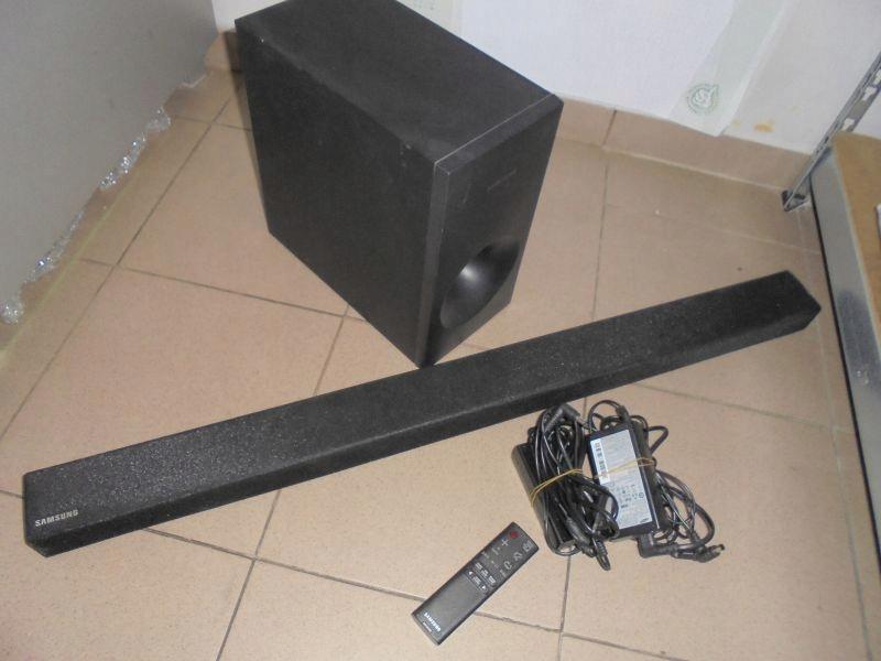SOUNDBAR SAMSUNG HW-K360 + SUBWOOFER