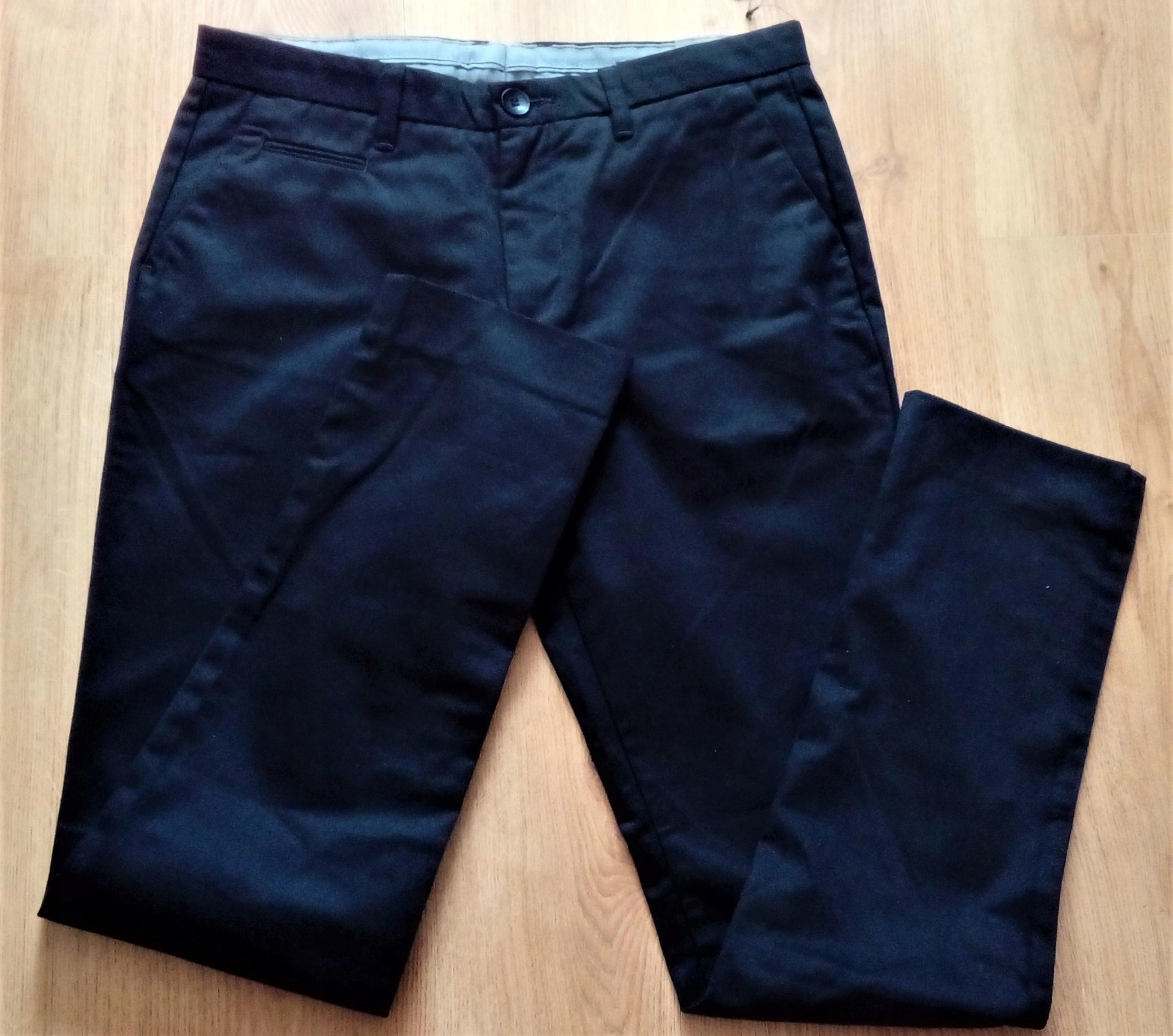 Czarne męskie eleganckie spodnie 48 Reserved slim