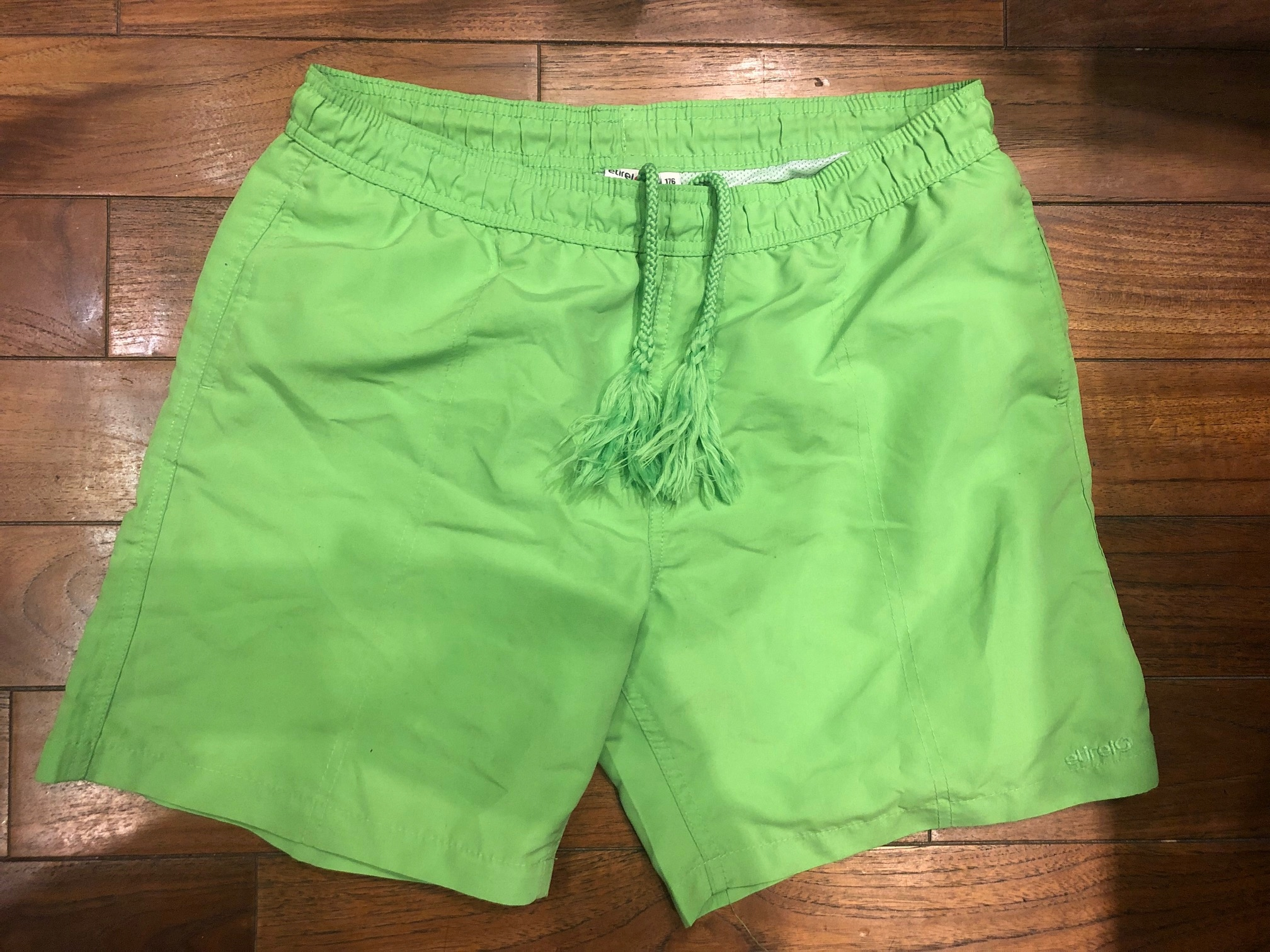 ETIREL kąpielówki szorty zielone 176cm limonka