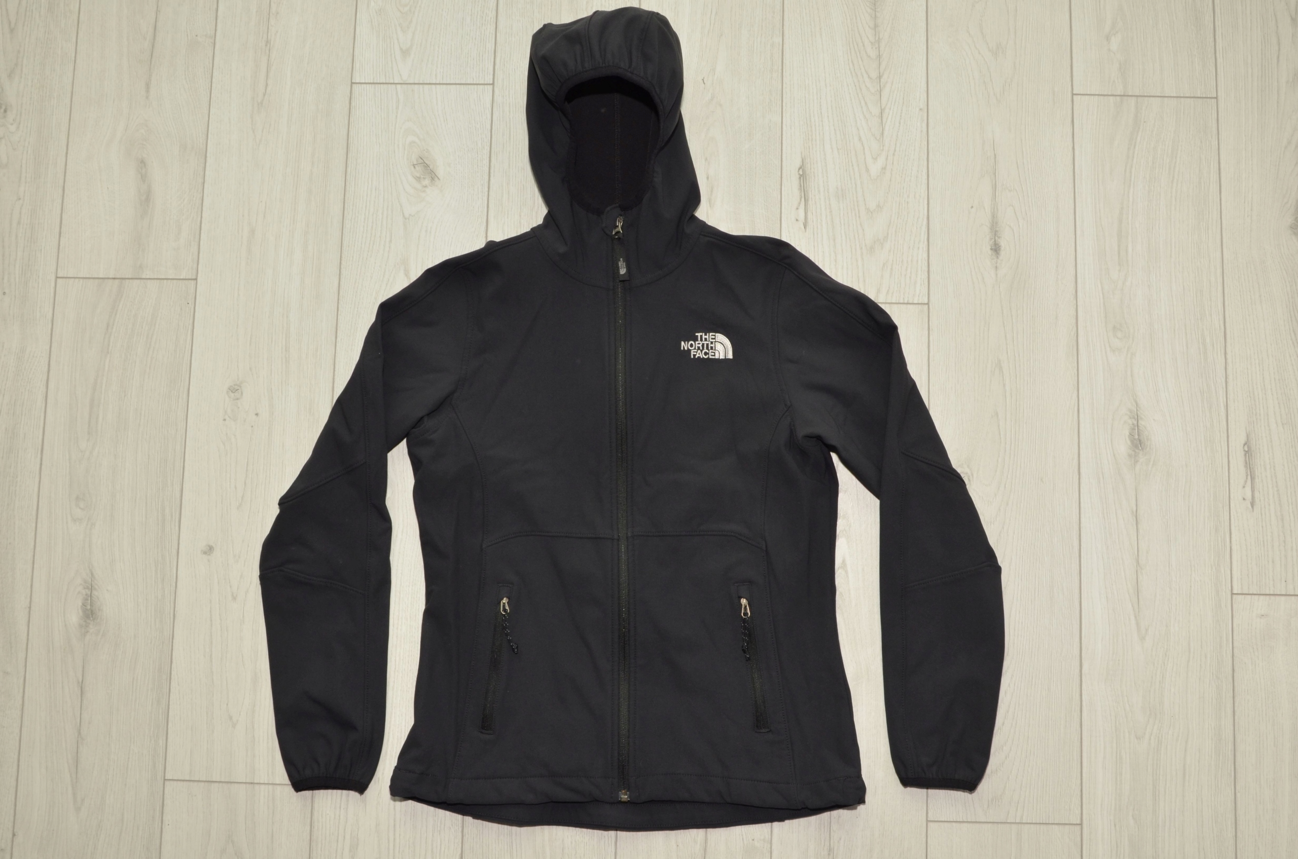 Softshell THE NORTH FACE r. S j nowy