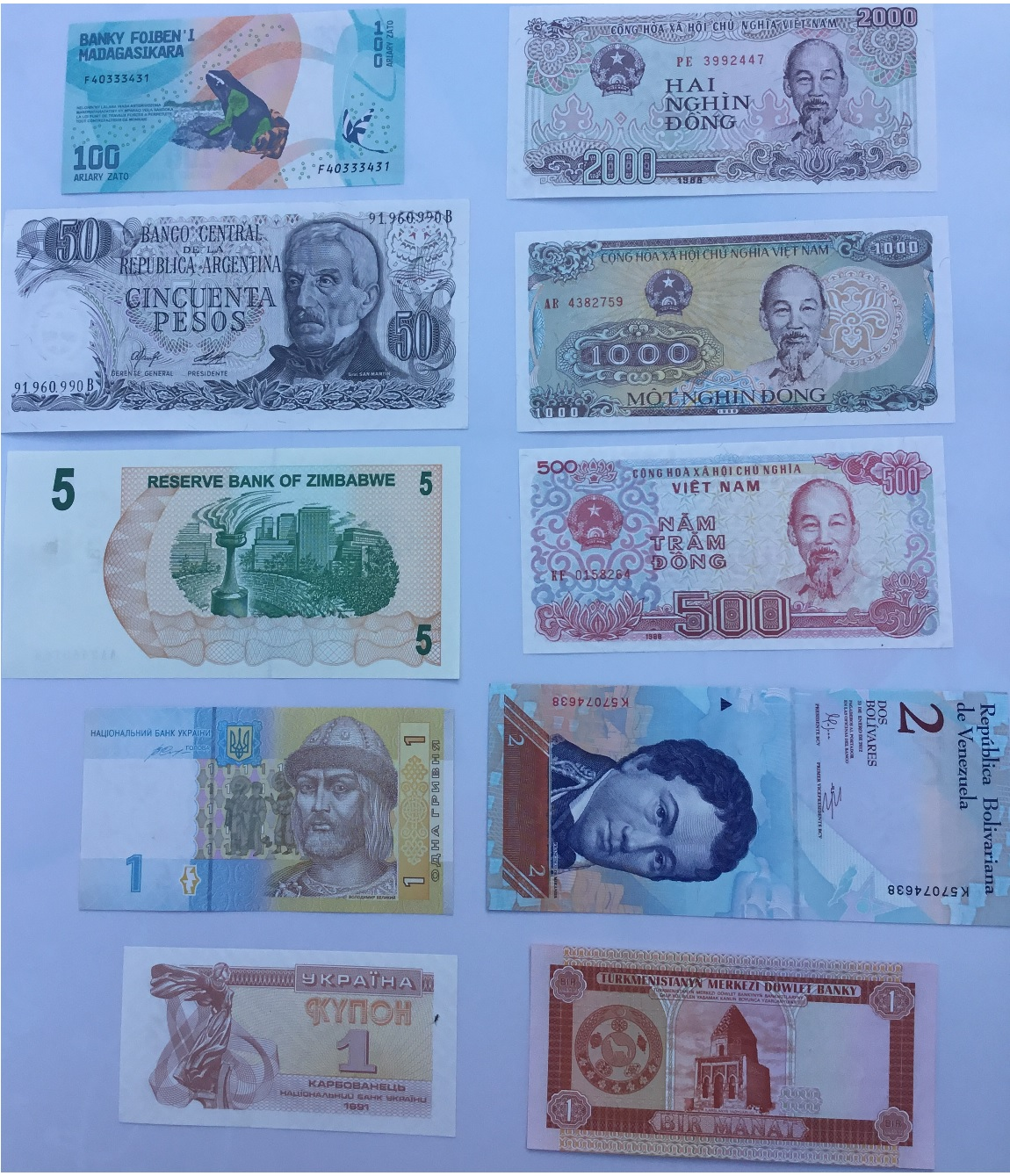 Banknoty świata (10) - zestaw 10 sztuk