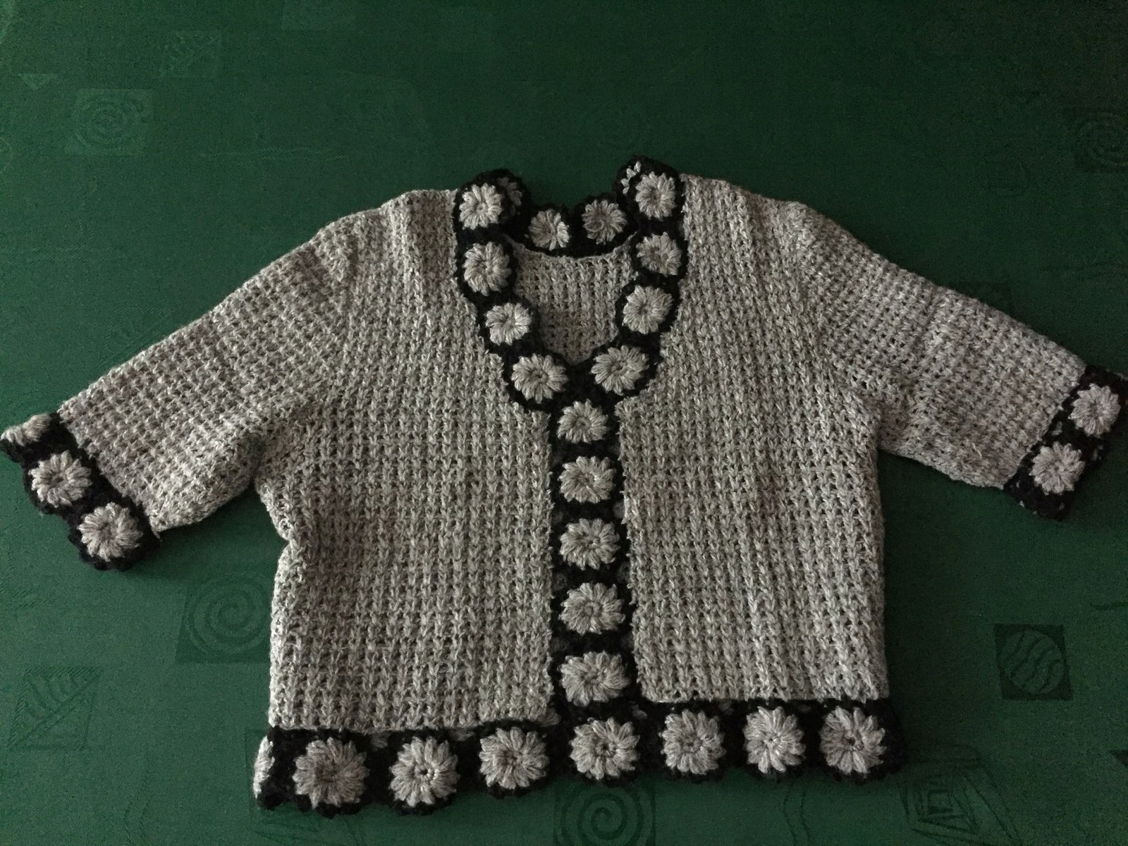 Komplet - spódnica i bluzka na szydełku - ażur