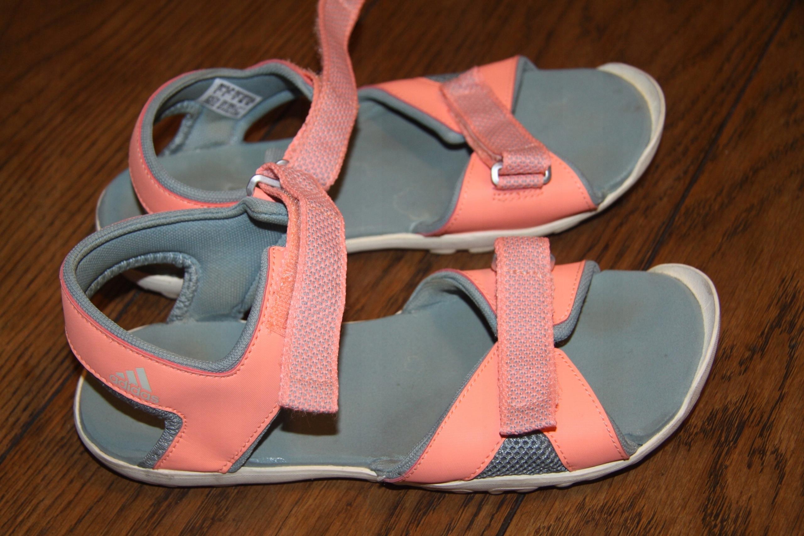 Sandały Adidas 37