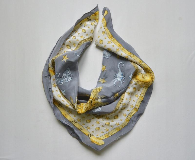 Chustka jedwabna chusta mała siwa szara jedwab