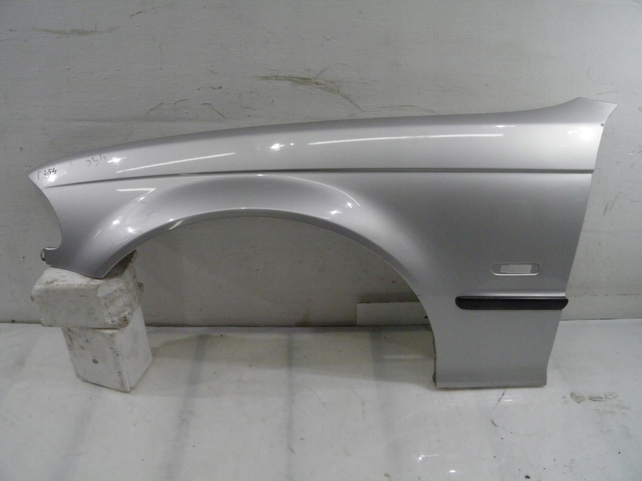 BMW E46 BŁOTNIK LEWY 354 98-01r