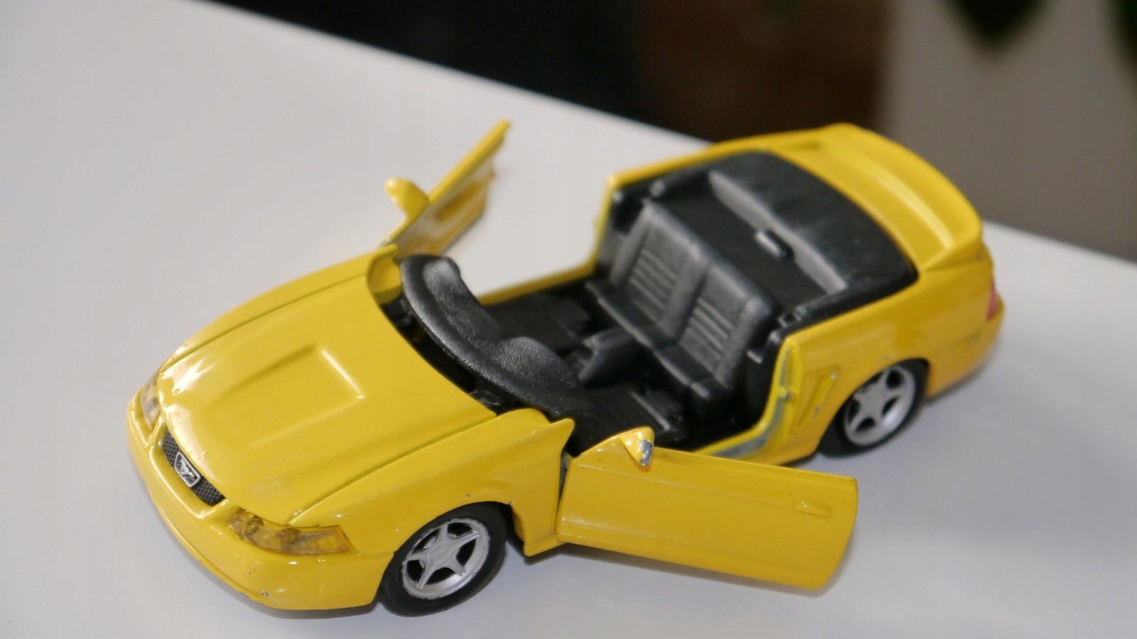 Maisto Mustang GT 1/39