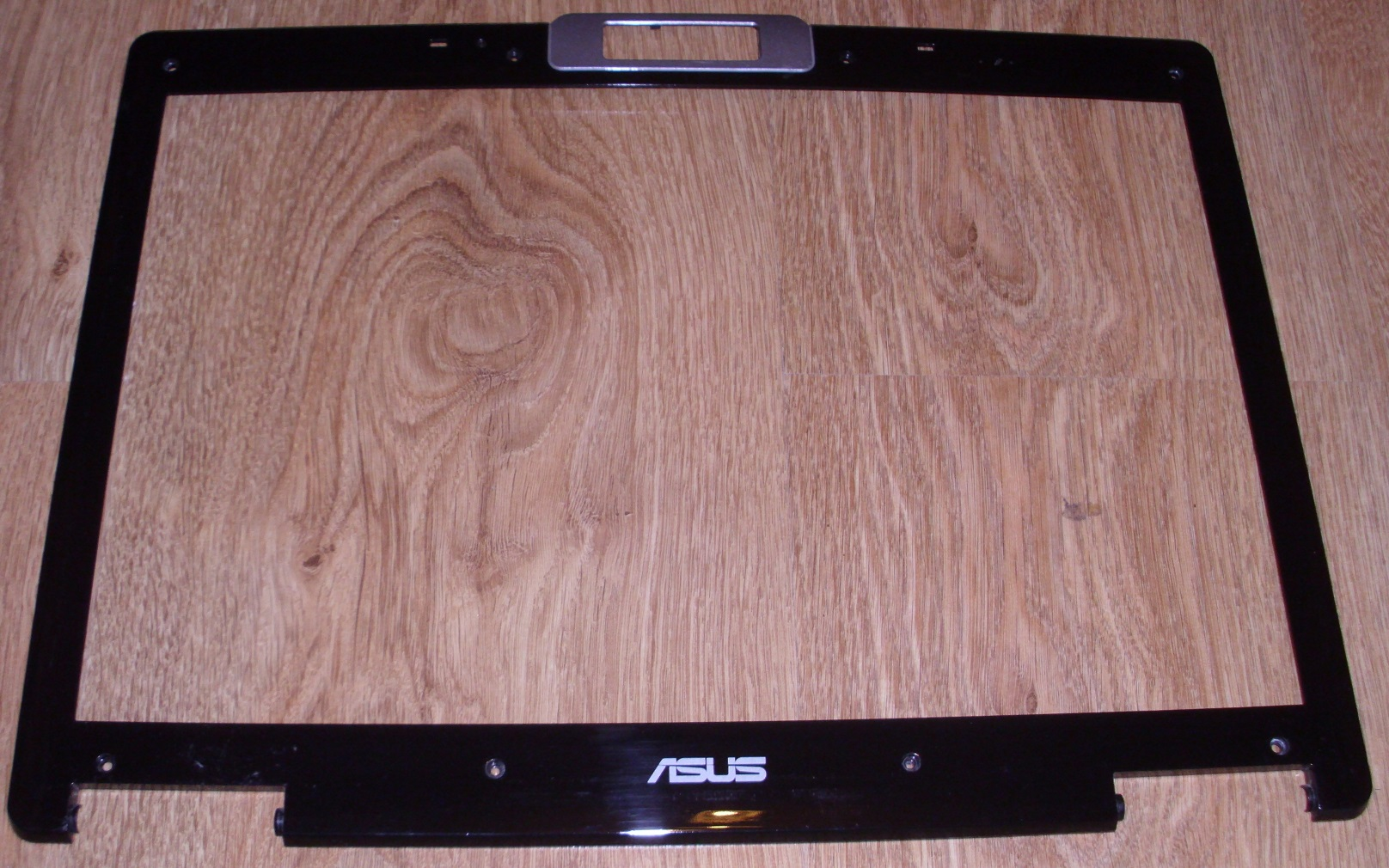 ramka obudowy matrycy ASUS X56 X56T