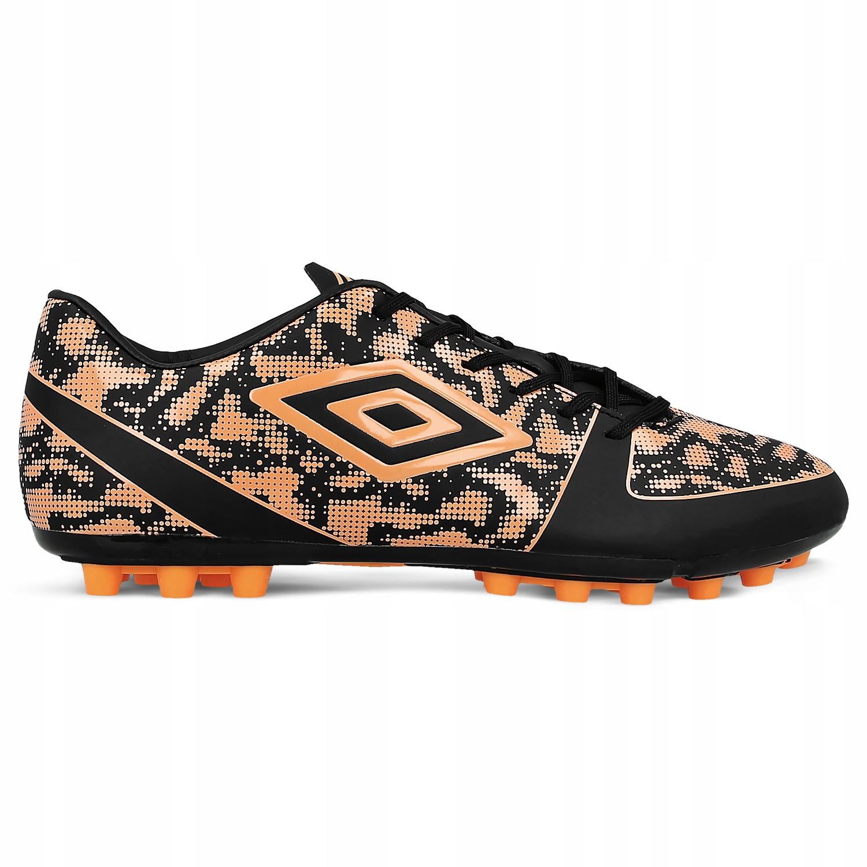 UMBRO (43) Extremis V AG buty korki piłkarskie