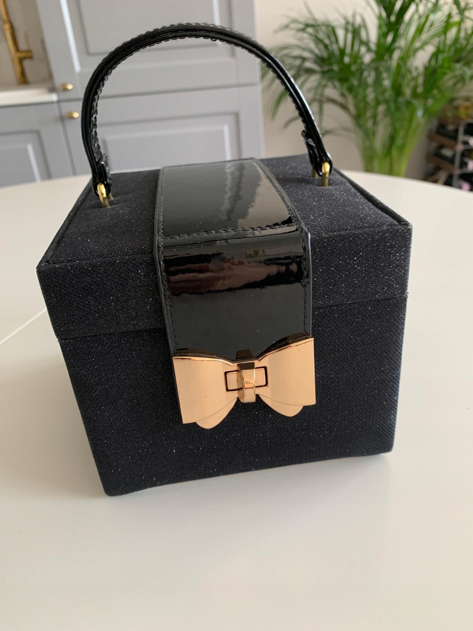 Pudełko na biżuterię Home&You
