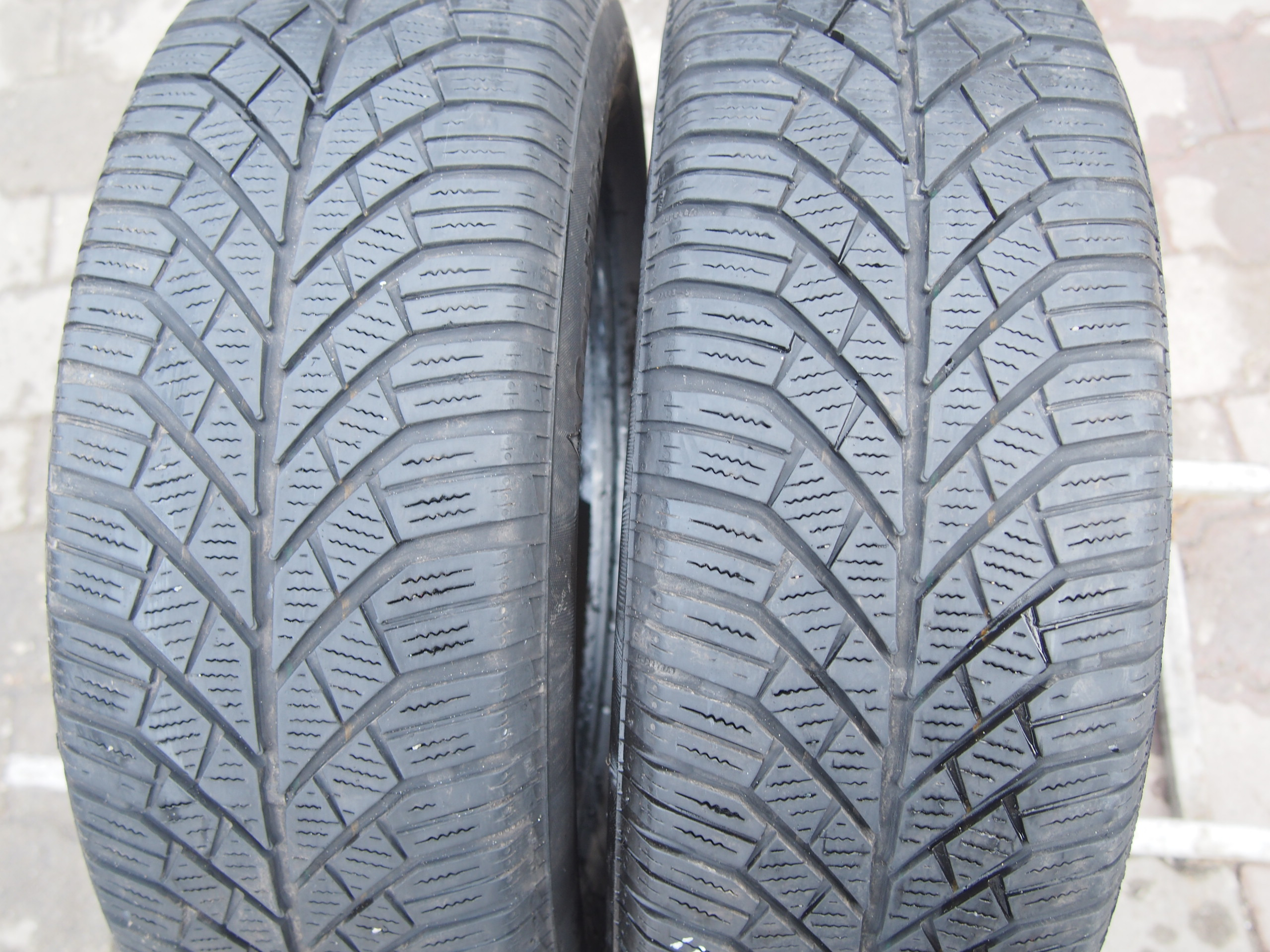 Continental ContiWinterContact TS830 195/60R15 88T