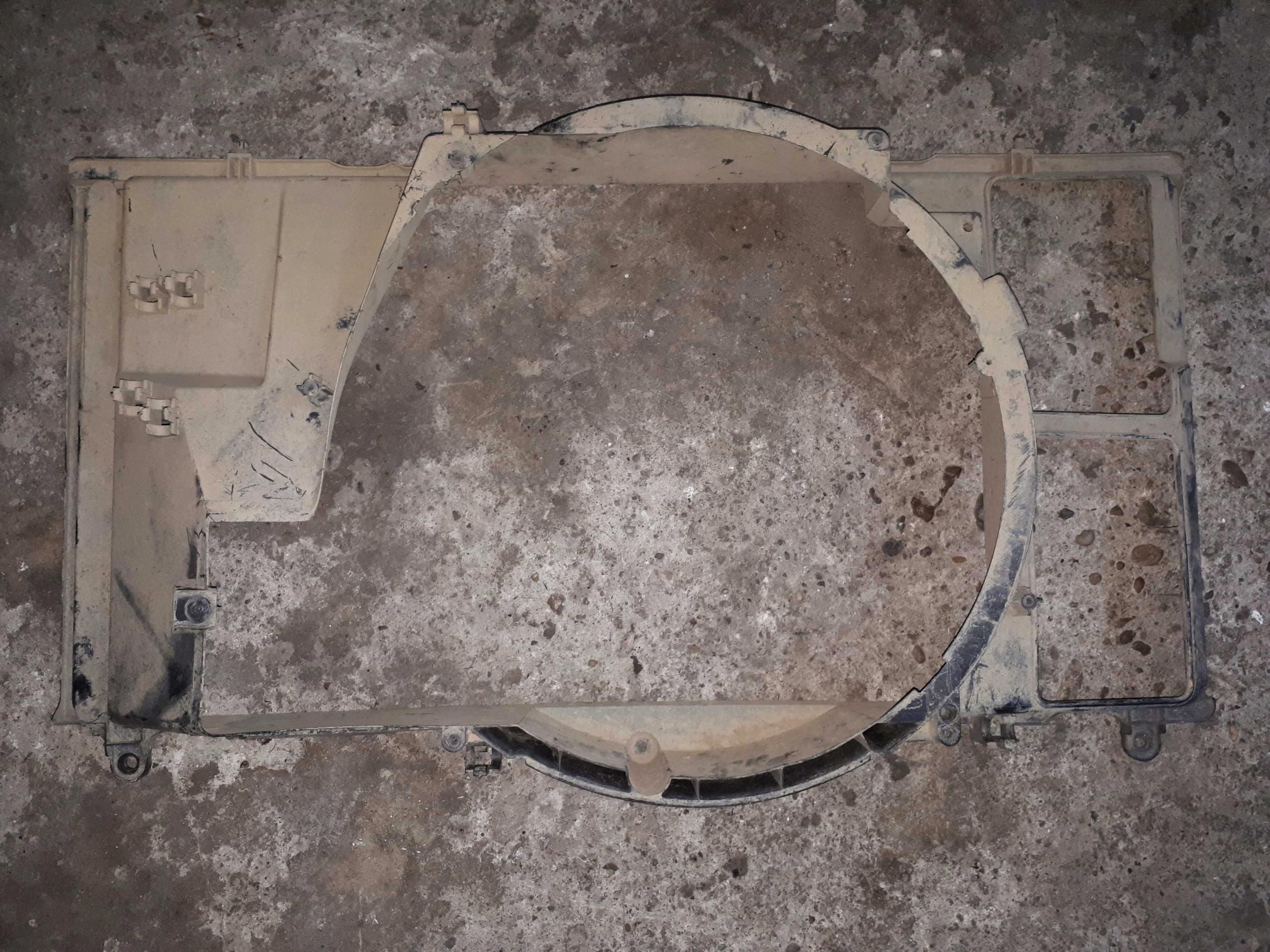корпус вентилятора радиатора туннель патруль y60 2 8