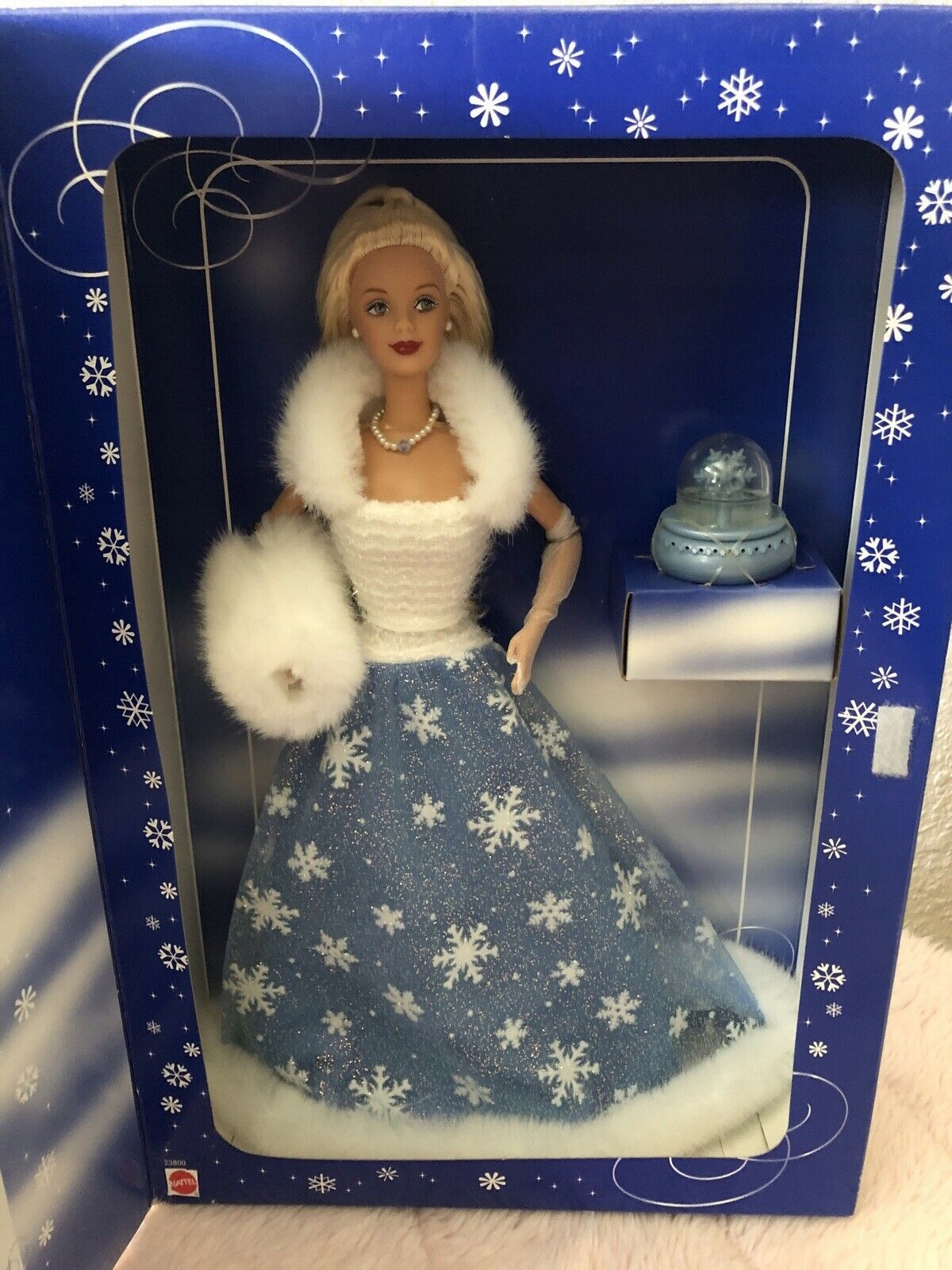 BARBIE COLLECTOR SNOW SENSATION