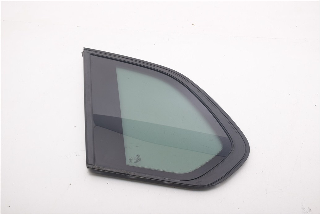 bmw x5 e70 стекло левый сзади karoseryjną