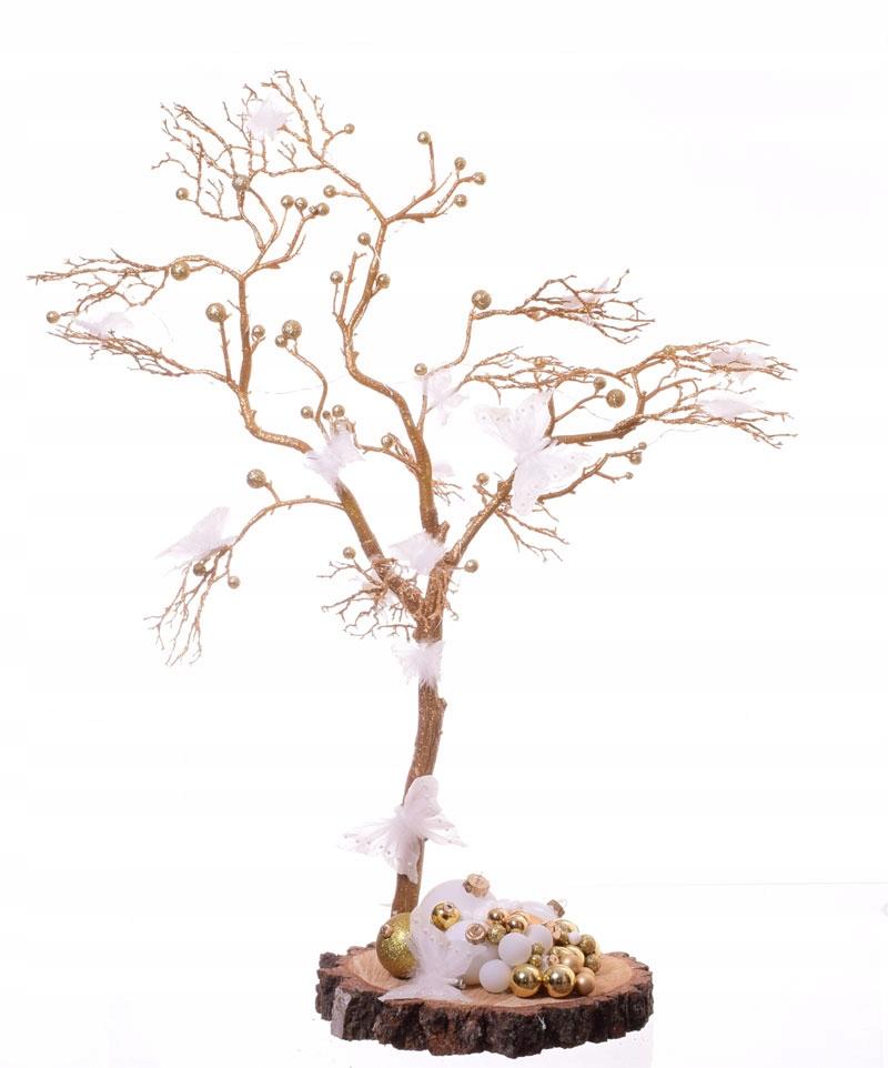 Strom Zlatý motýľ s umelé osvetlenie