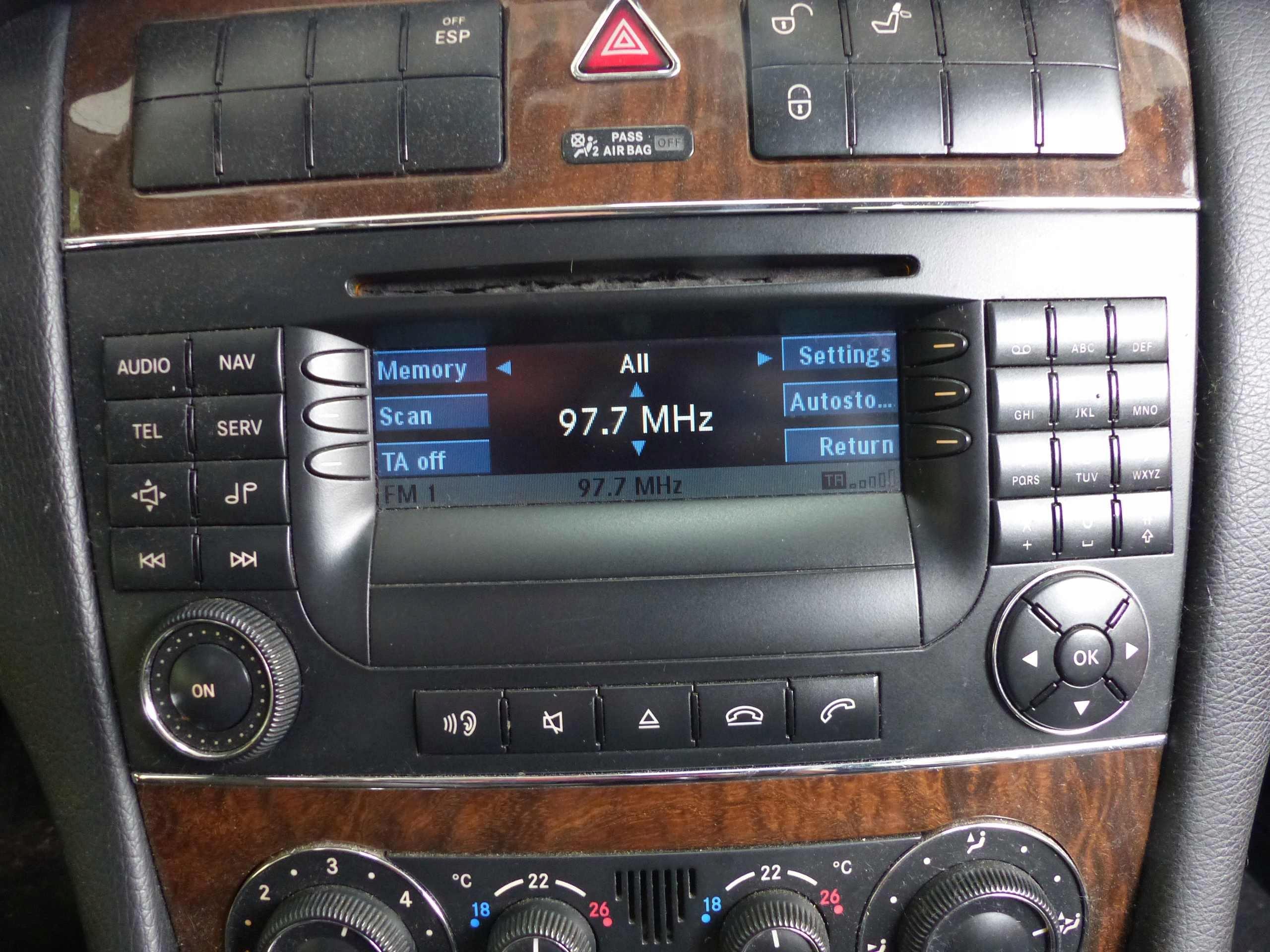 радио navi mercedes w203 00-07 a2038706189 европа