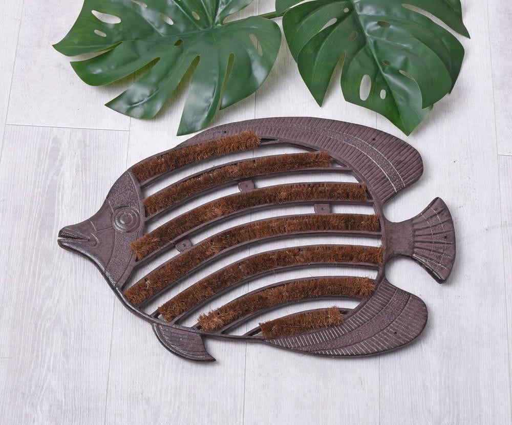 Rybia hnedá liatinová rohož na retro topánky