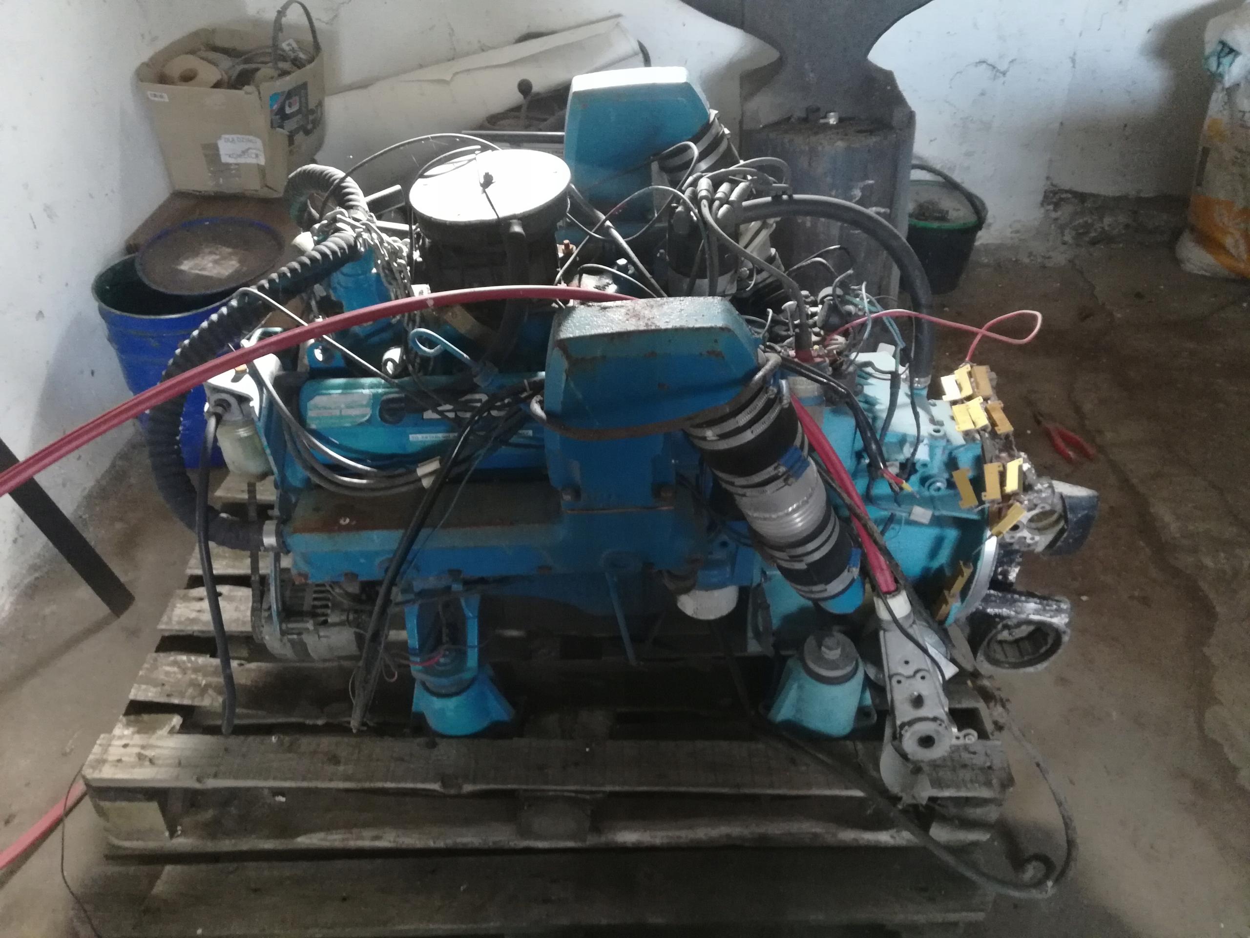OMC 5.8л 172 кВт стационарный двигатель