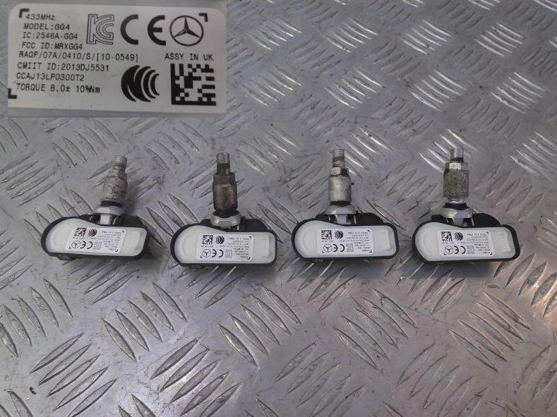 MERCEDES W176 W246 W205 Snímač pneumatík