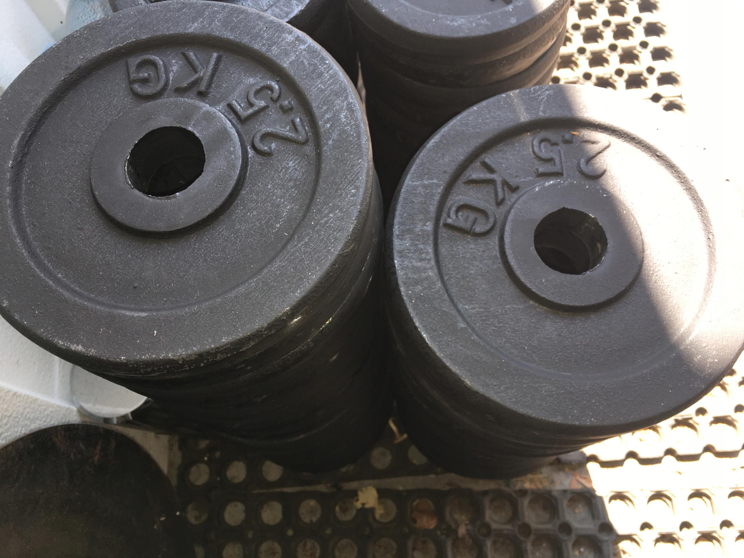 Liatinová záťaž 4 x 2,5 kg 31 mm