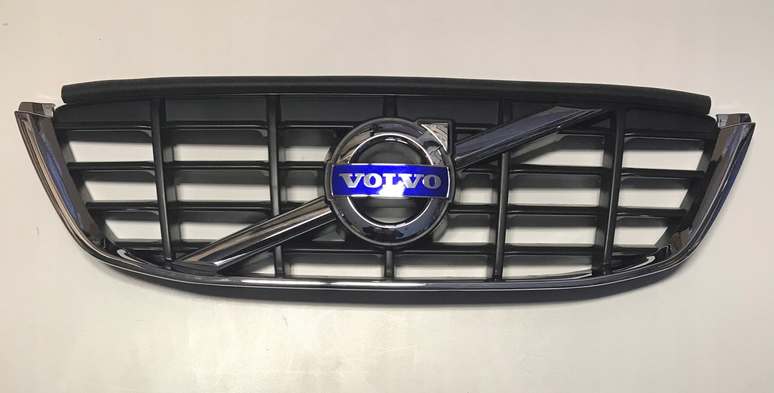 Picture of GRILL GRILL GRILL VOLVO XC 60 2008-2012