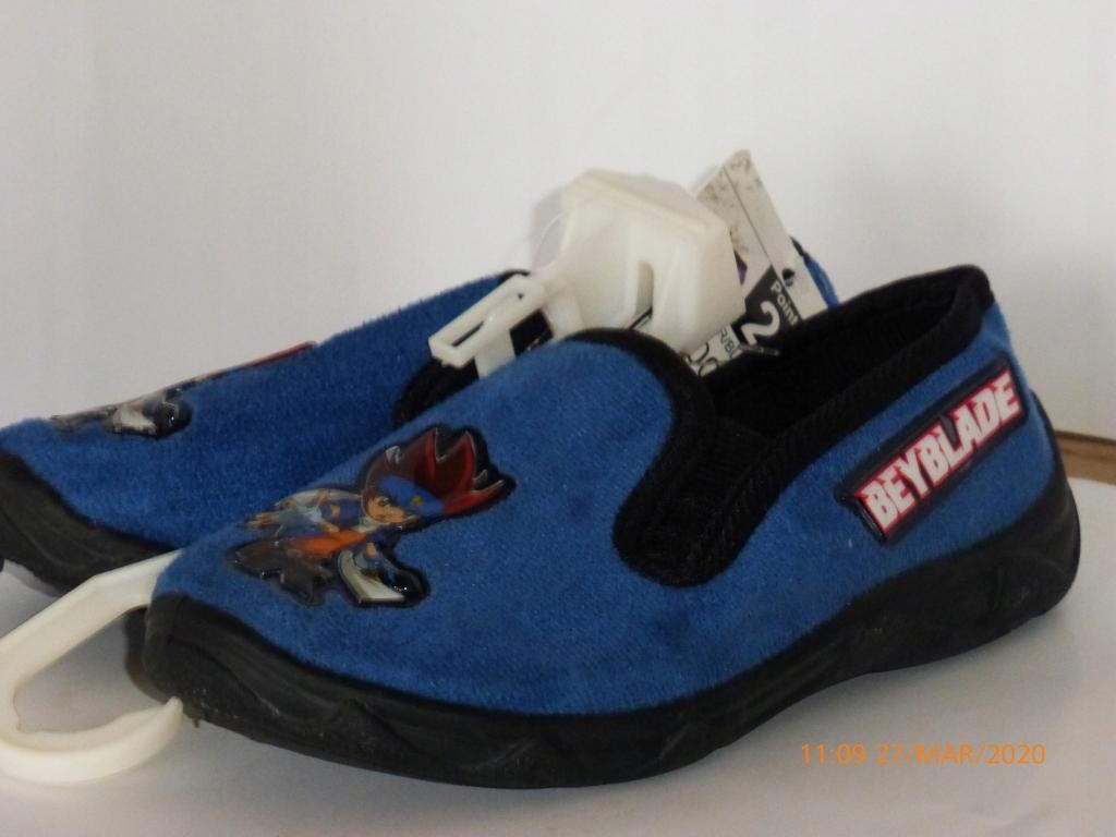 Beyblade balerína papuče protišmykové r 28 D