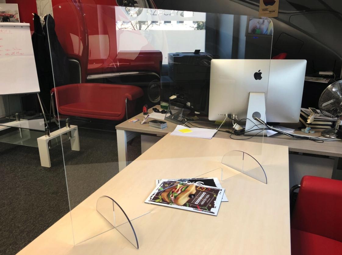 Plexisklový kryt, ochranné sklo, písací stôl 100x75 + ZDARMA Šírka 100 cm