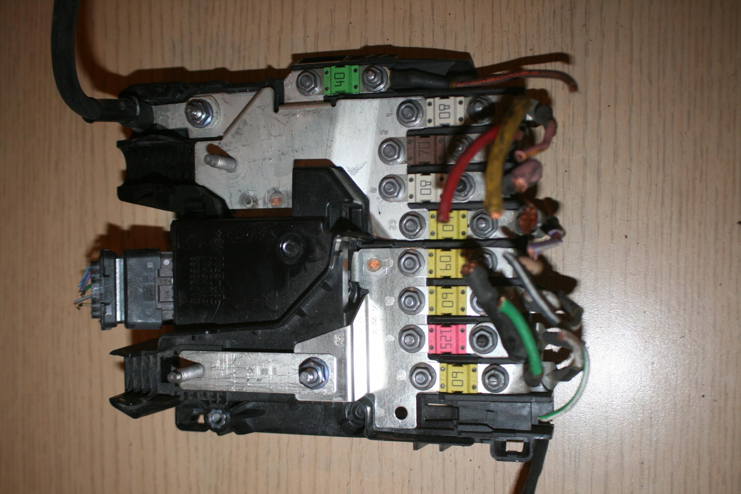 модуль драйвер батареи c4 пикассо 9675350380