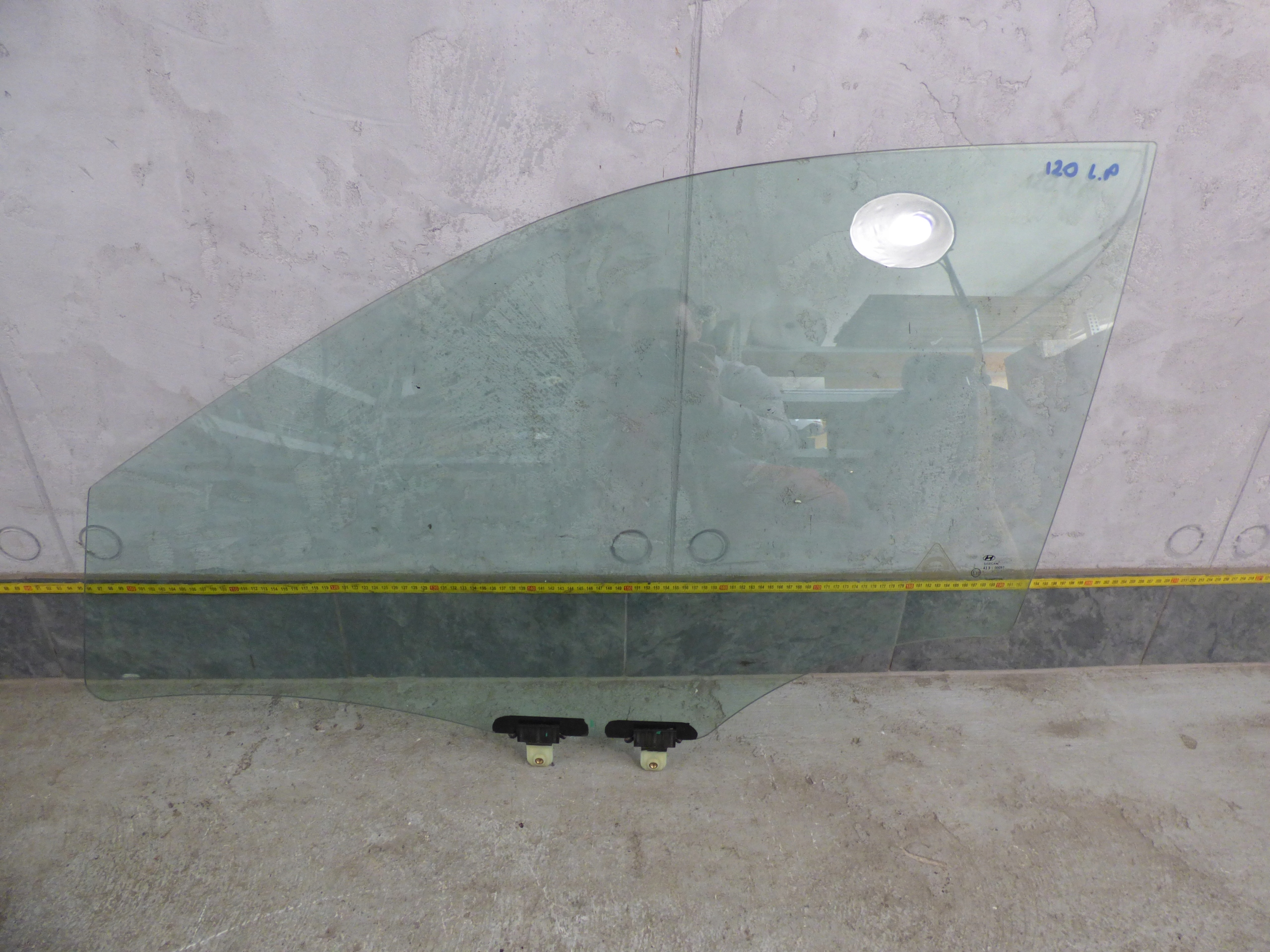 Picture of DOOR WINDOW (GLASS) RIGHT LEFT FRONT HYUNDAI I20 5D 2014-