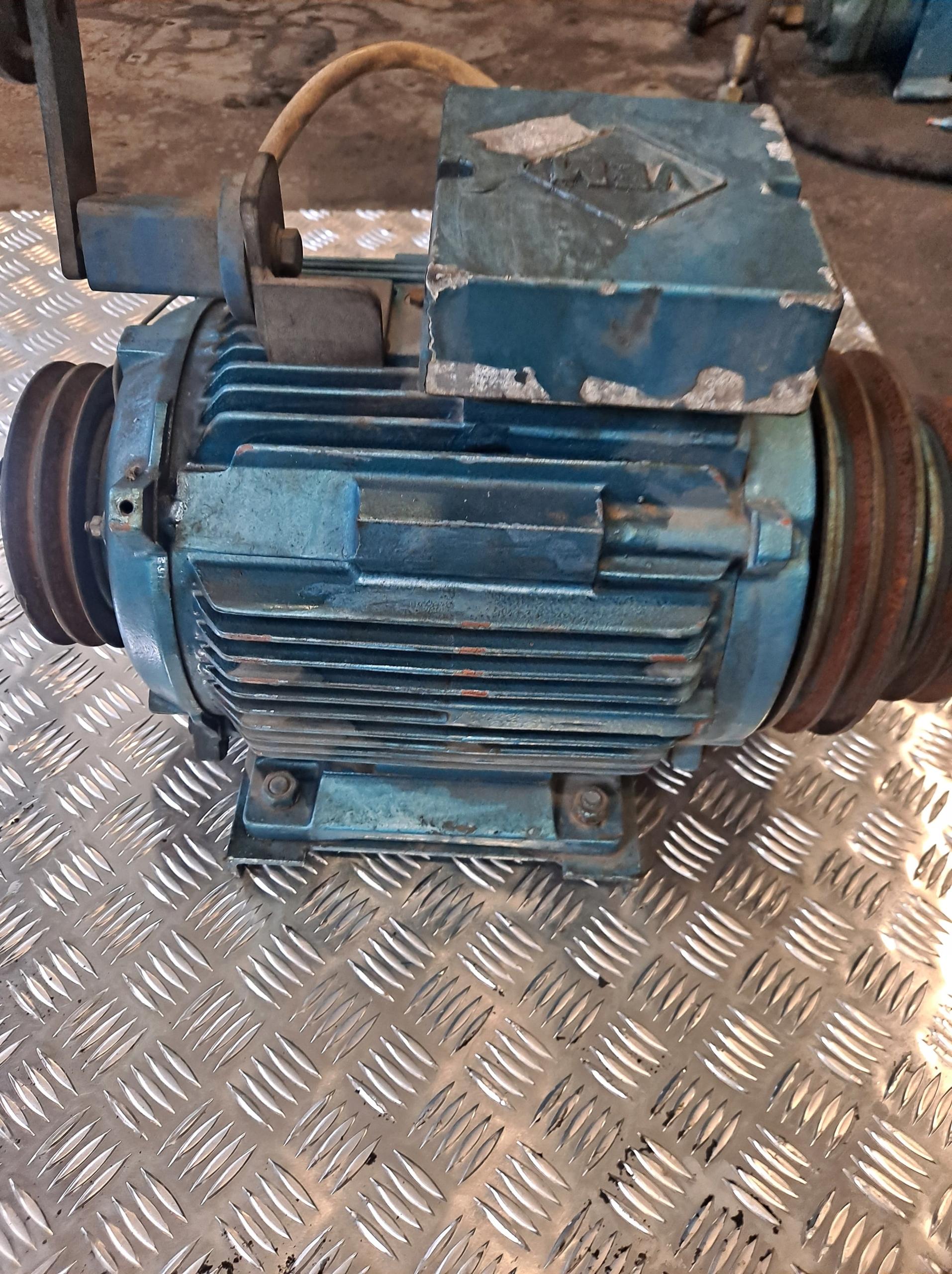 приводимый в действие hultsteins двигатель электрический 9 квт