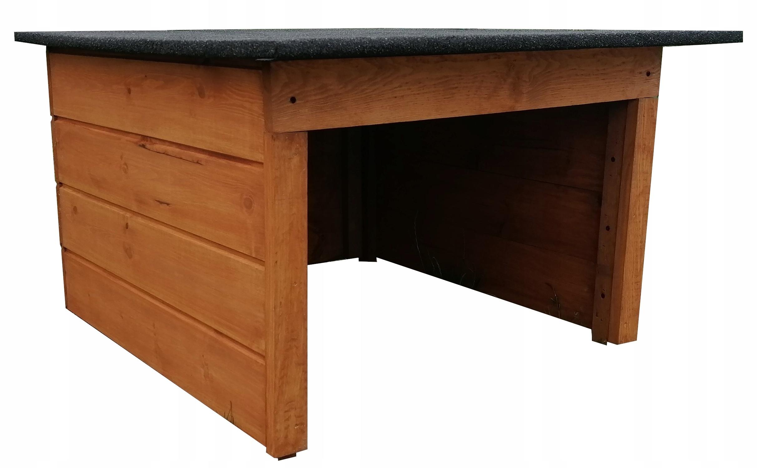 Domek drewniany, garaż dla kosiarki automatycznej