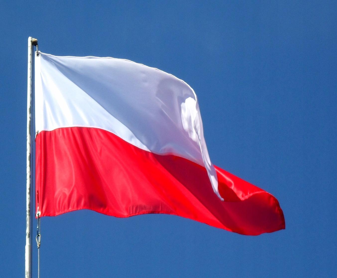 Flaga Polski 90 x 150 cm na Maszt (Dzianina) 3
