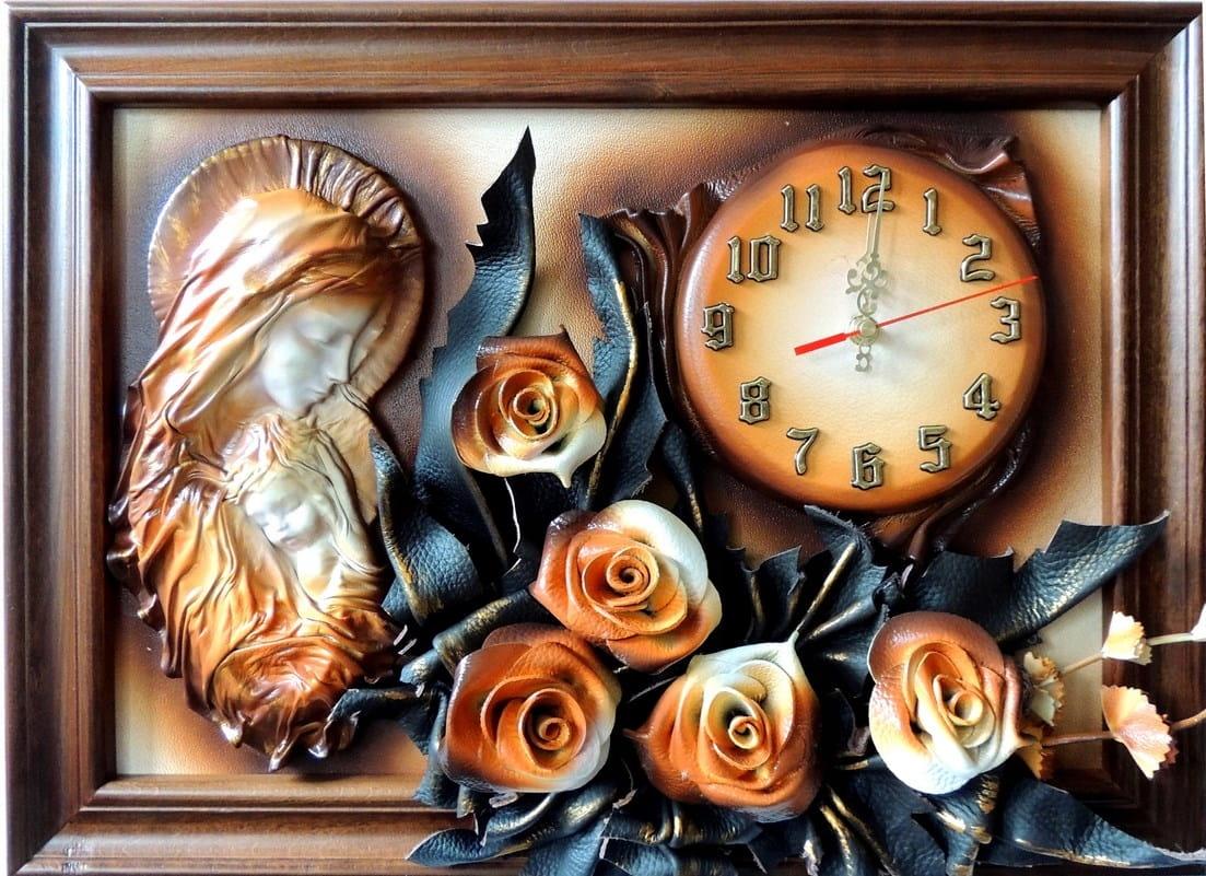 Maryja - obraz z Matką Bożą - róże + zegar