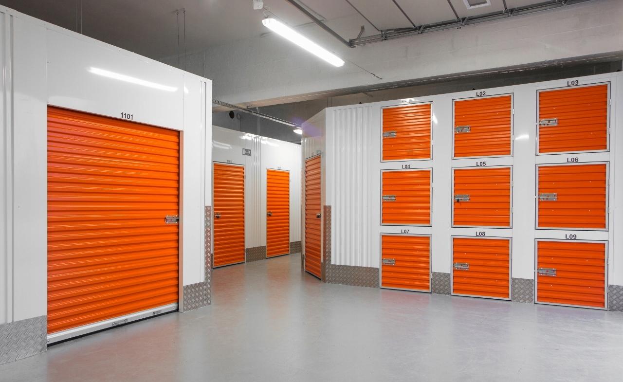 Item Warehouse for rent 4m2! Wroclaw, Dlugosz 14!