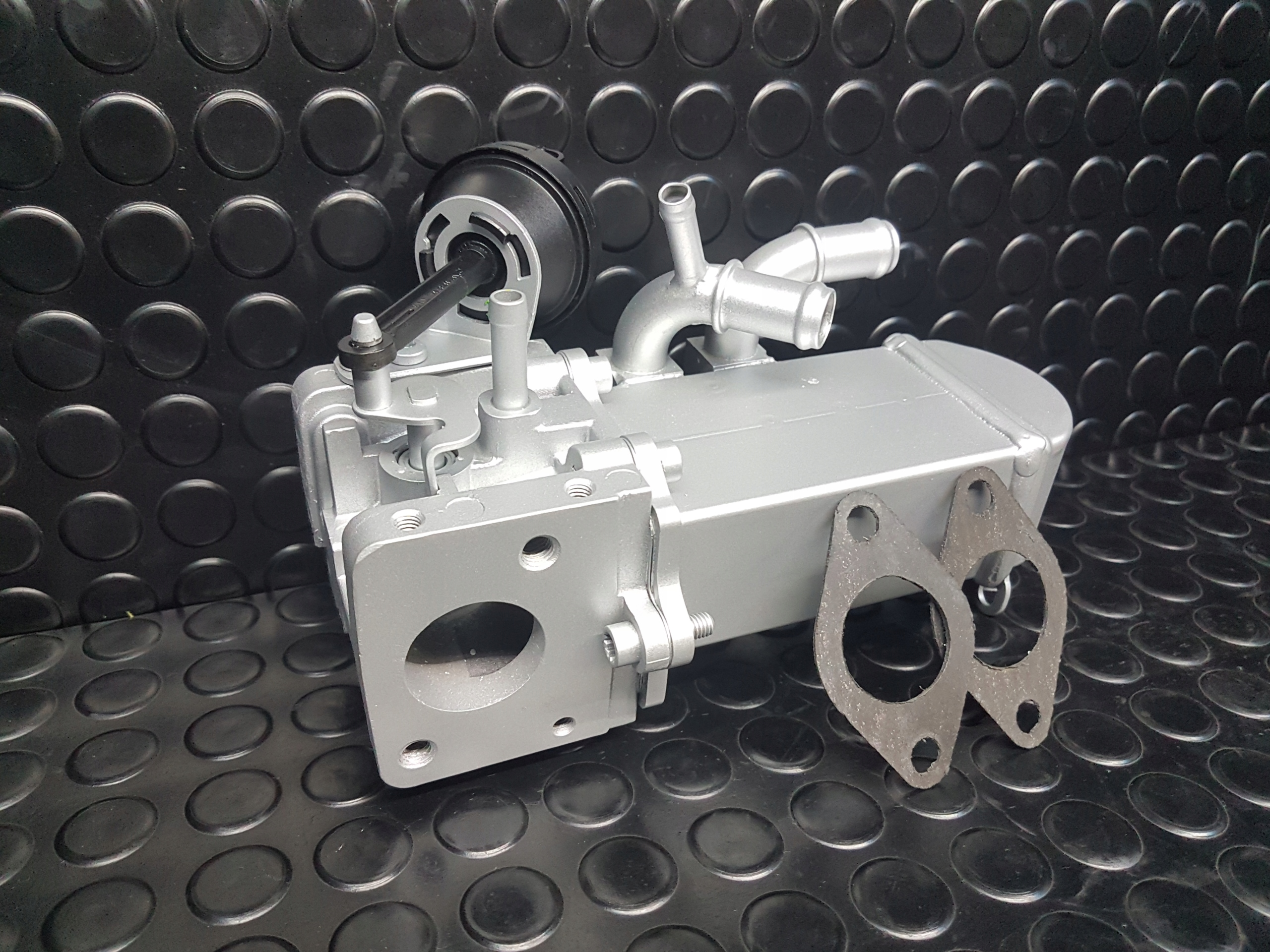 радиатор выхлопных газов клапан системы рециркуляции ог audi a6 27 tdi 30tdi