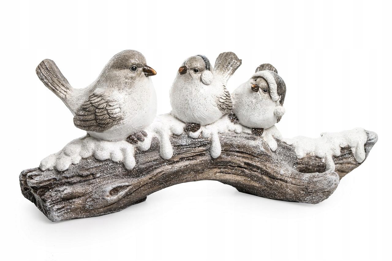 Зимние птицы на дереве