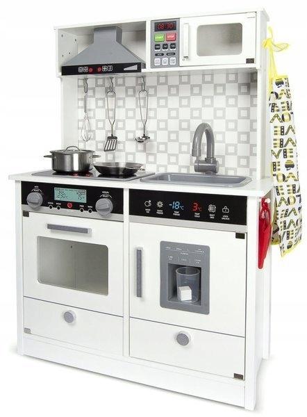 Drevená kuchyňa so svetelnými zvukovými doplnkami