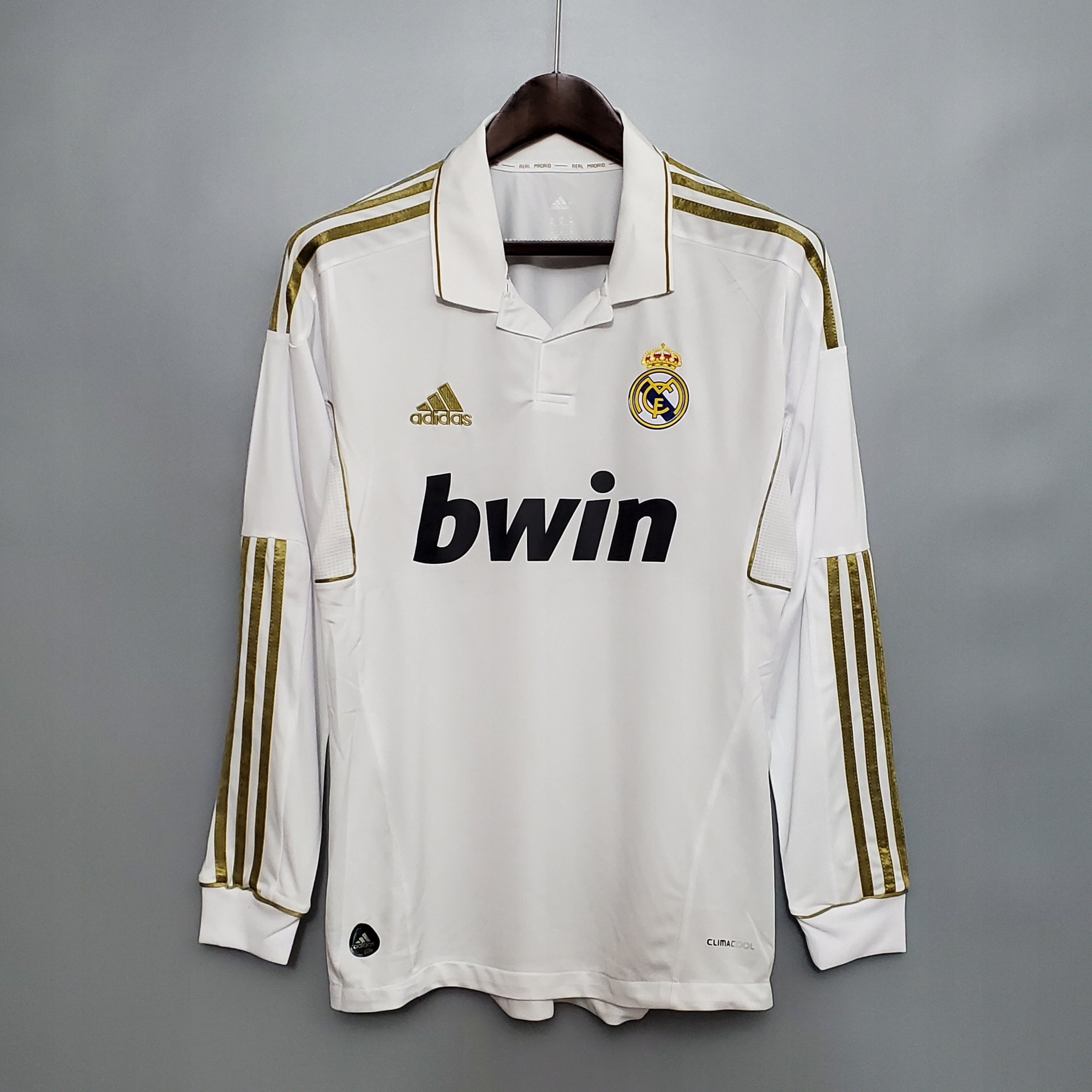 Retro futbalový dres 2011-2012 Real Madrid