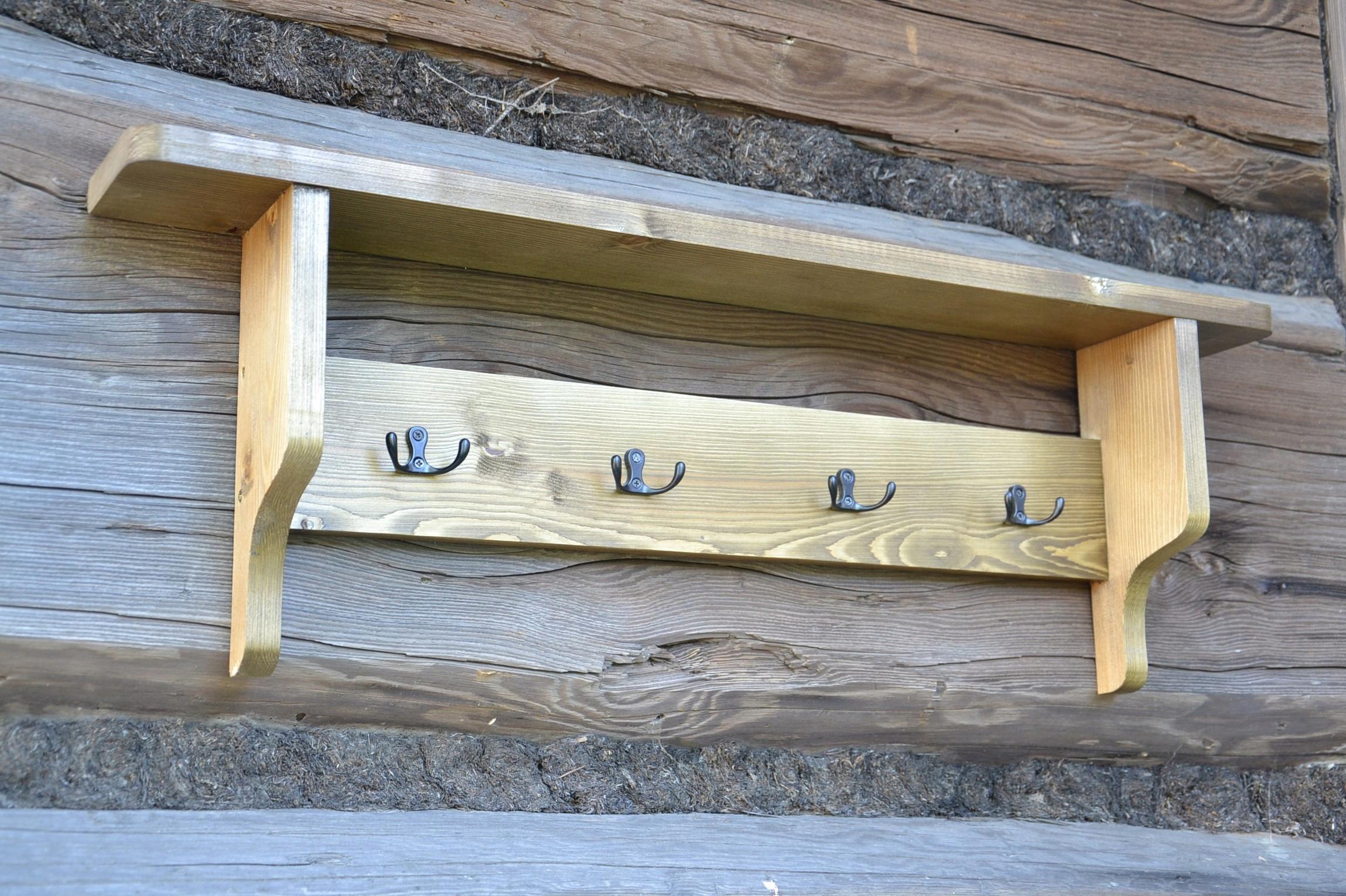 Retro vintage drevený masívny vešiak na stenu