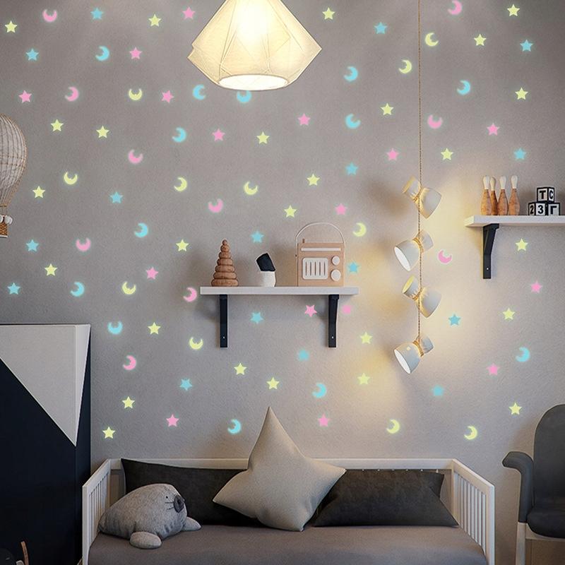 Наклейки на стену 100 шт. Светящиеся звезды