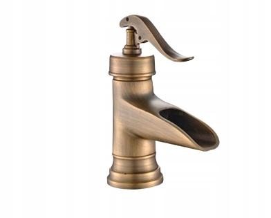 Drezový faucet v retro štýle TAP MOSAZ