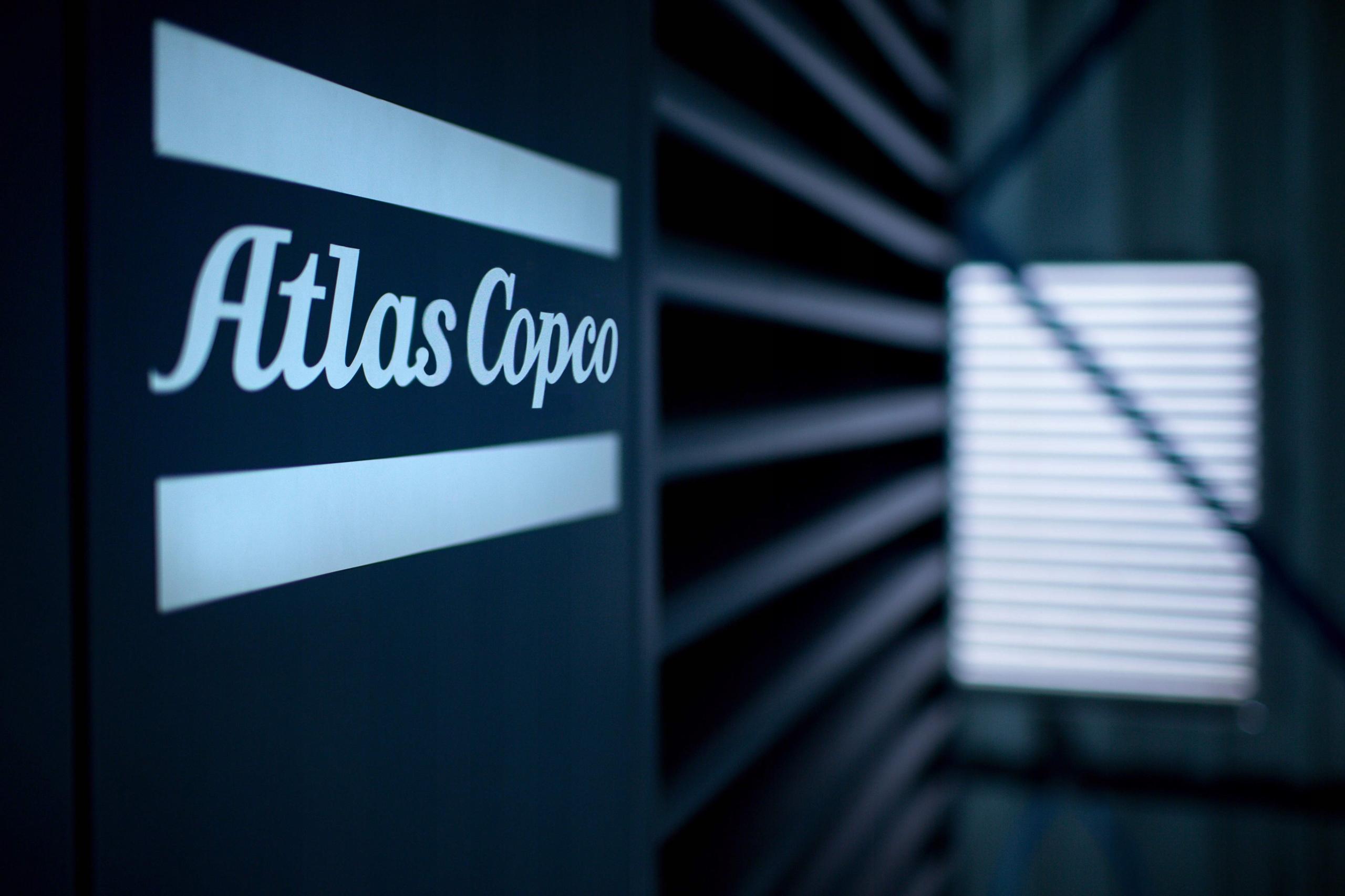 SPRĘŻARKA KOMPRESOR 300L ATLAS COPCO AC 40 E 300 T Ciśnienie maksymalne 10 bar