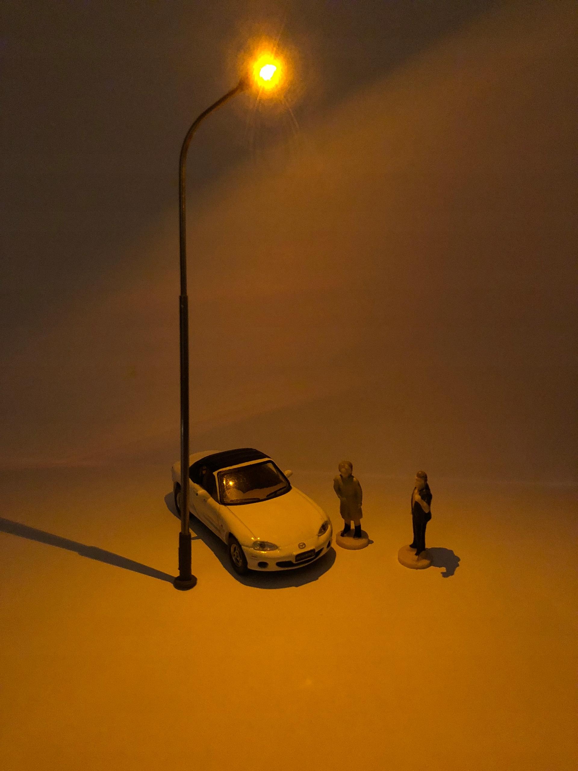 latarnia uliczna H0 TT 1:87 1:120 ciepły biały