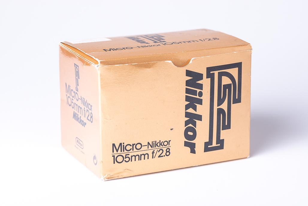 Купить Micro Nikkor 105mm f / 2.8 F Руководство на Otpravka - цены и фото - доставка из Польши и стран Европы в Украину.