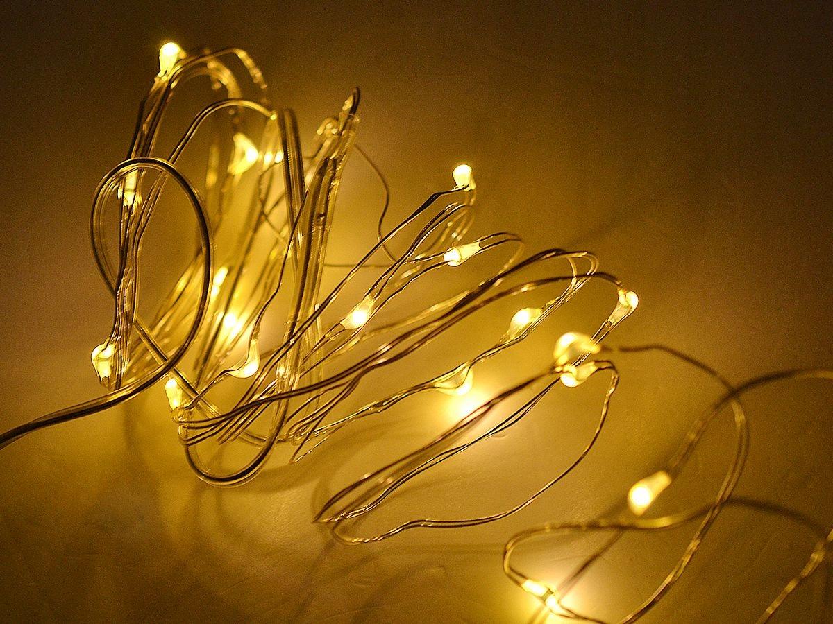 LAMPKI DRUCIKI 50 LED NA BATERIE BIAŁE ŚWIATŁO Liczba lampek 21 - 50