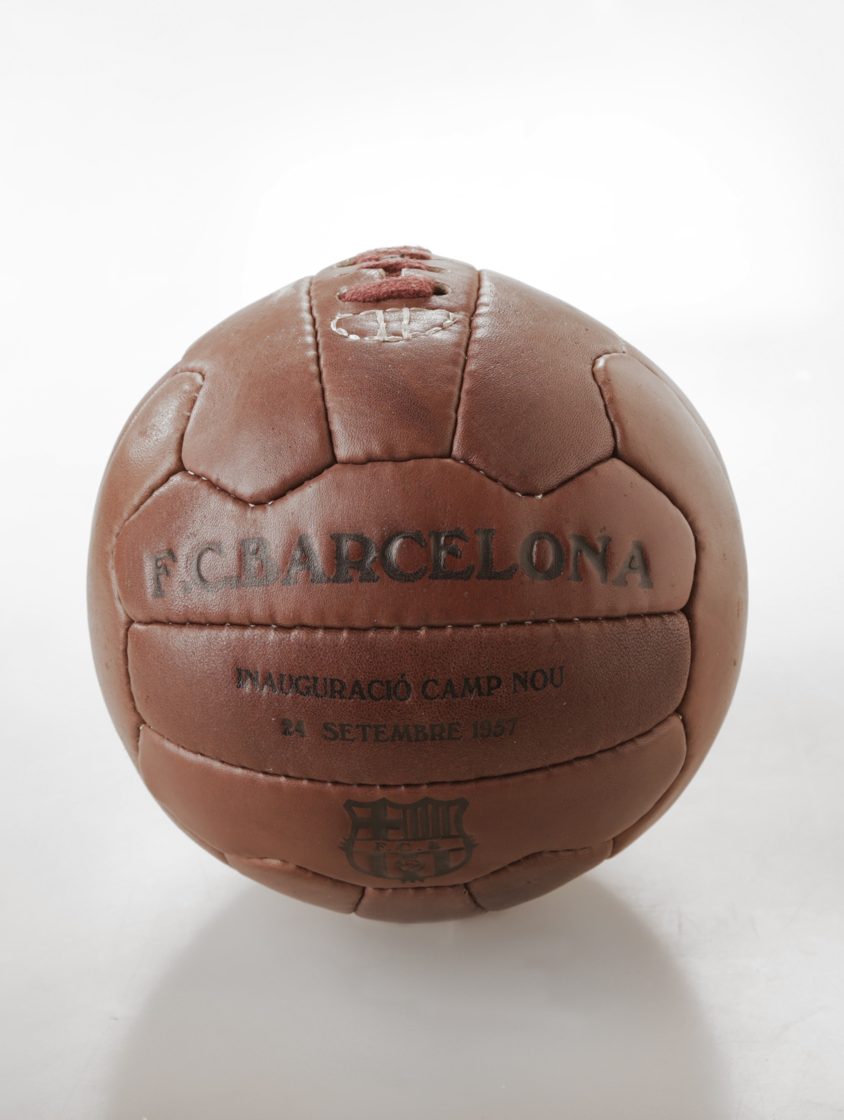 FUTBALOVÁ LOPTA FC BARCELONA RETRO 5